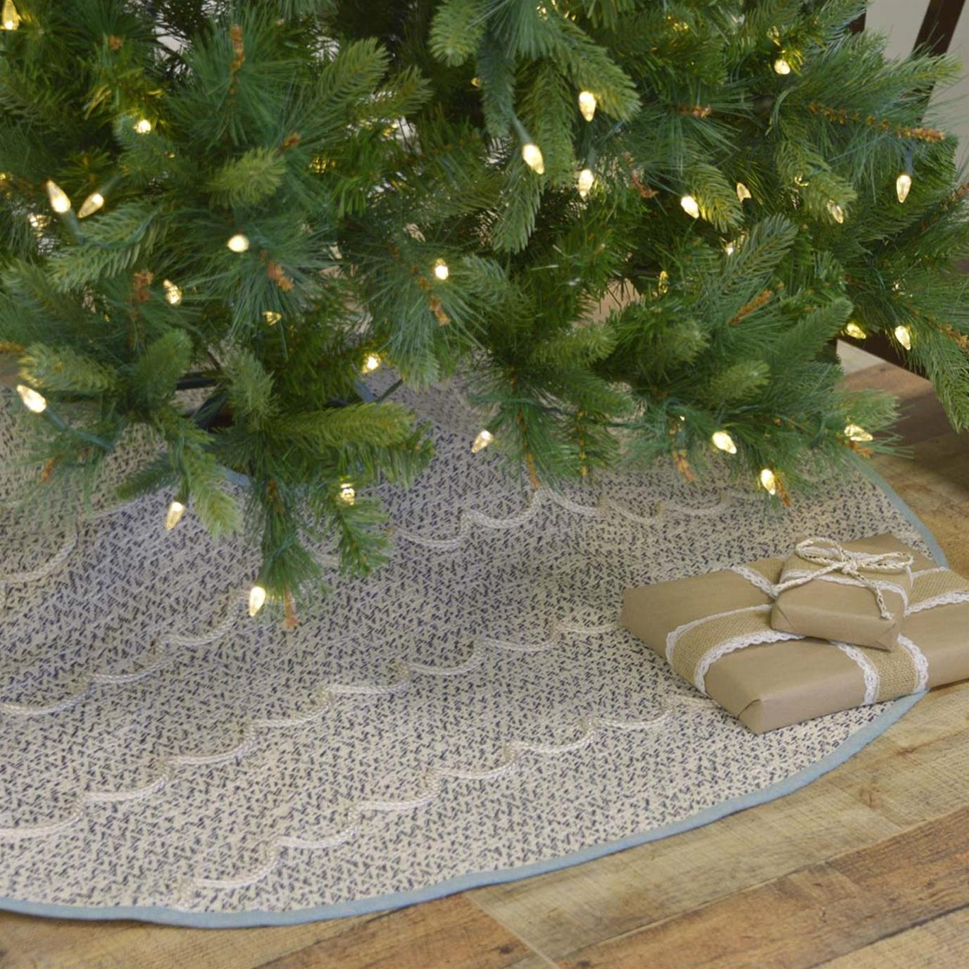 Sanbourne Tree Skirt 48