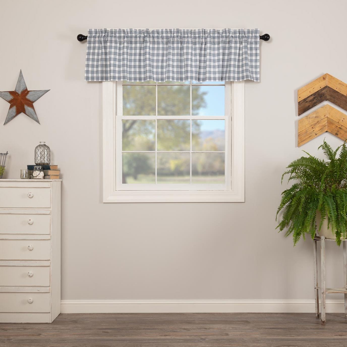 Sawyer Mill Blue Plaid Valance 16x72