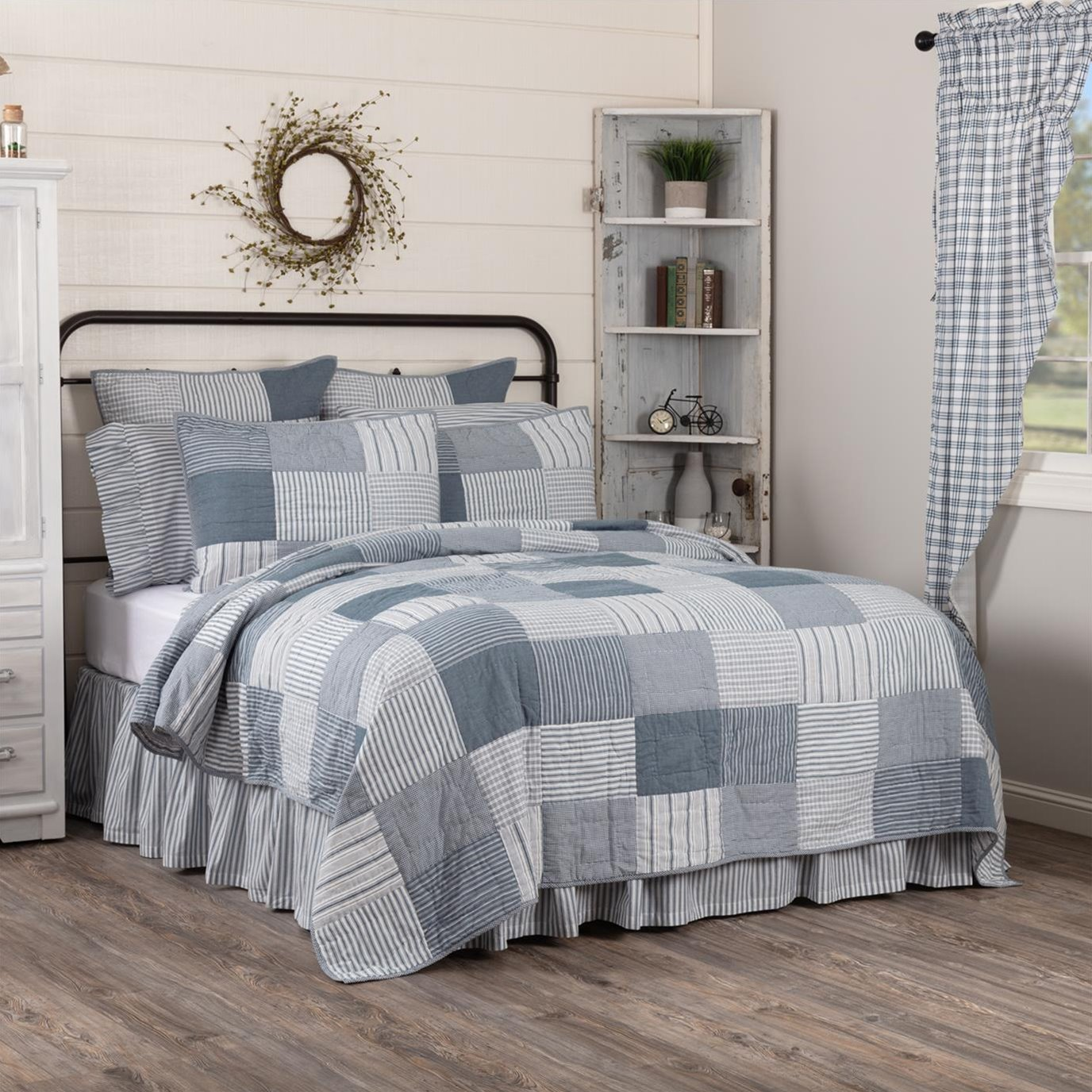 Sawyer Mill Blue Twin Quilt 68Wx86L