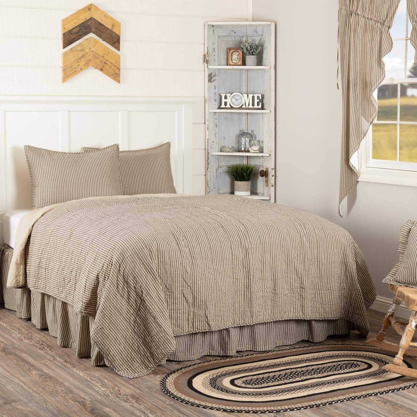 Sawyer Mill Charcoal Ticking Stripe California King Quilt Set; 1-Quilt 130Wx115L w/2 Shams 21x37