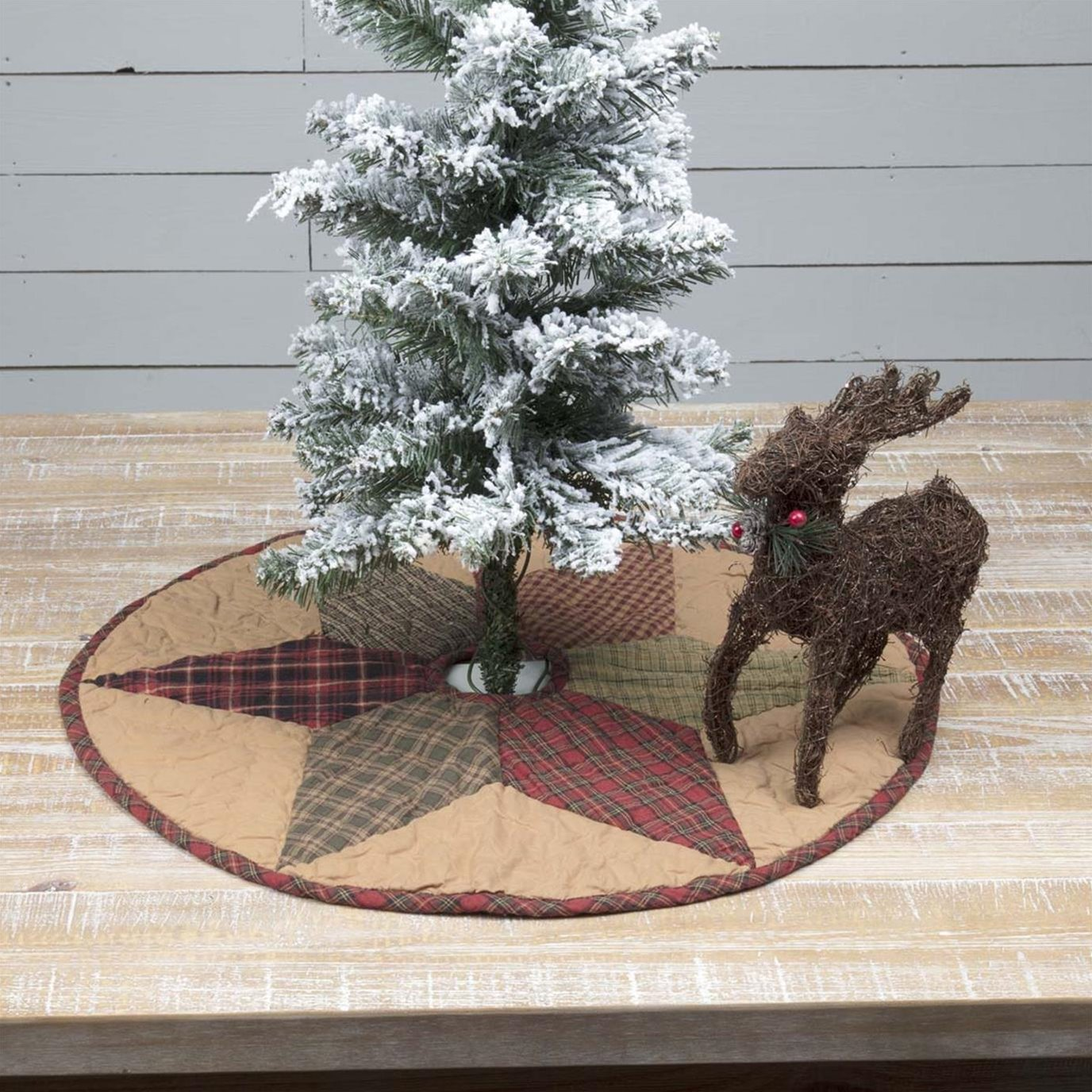 Tea Star Mini Tree Skirt 21