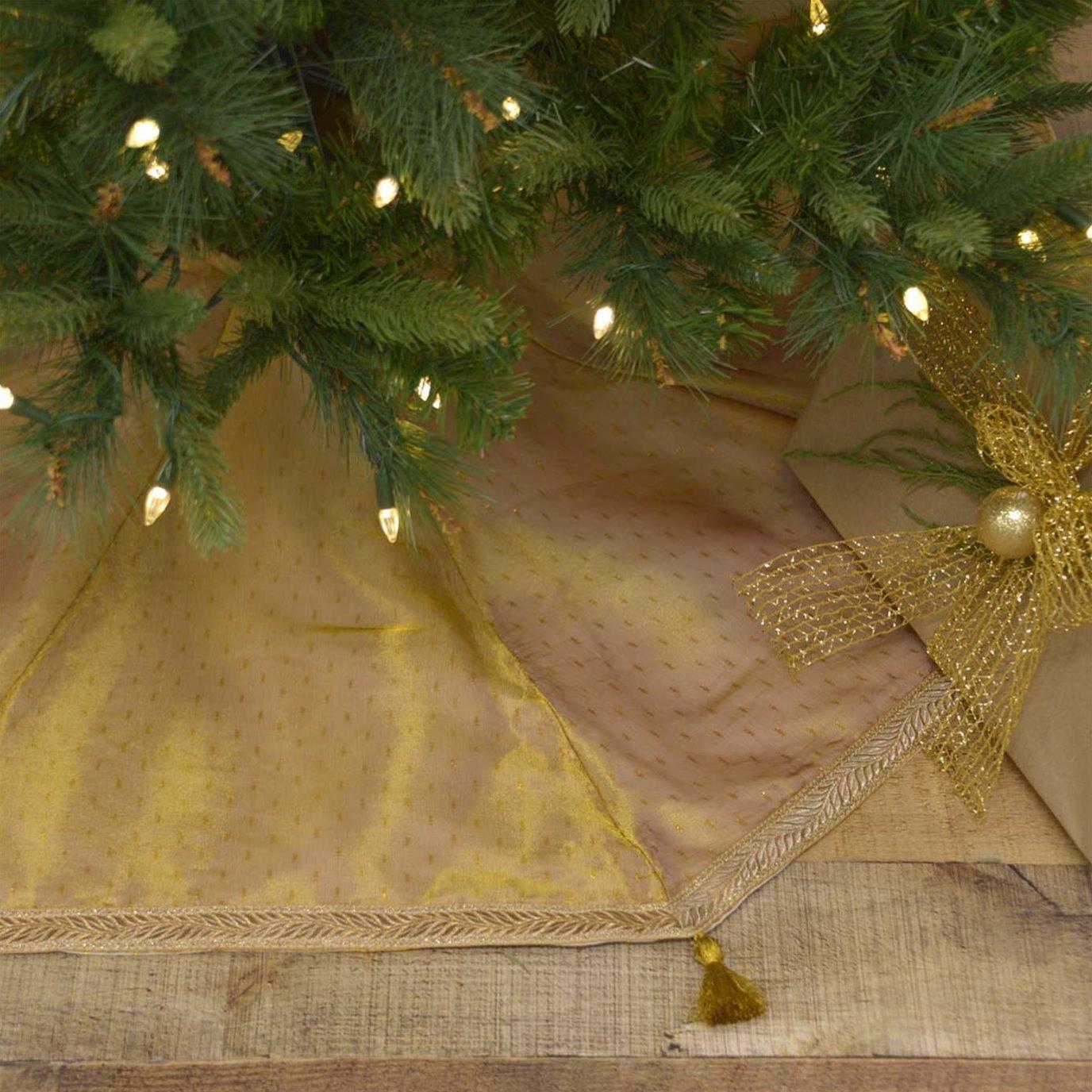 Tinsel Tree Skirt 48