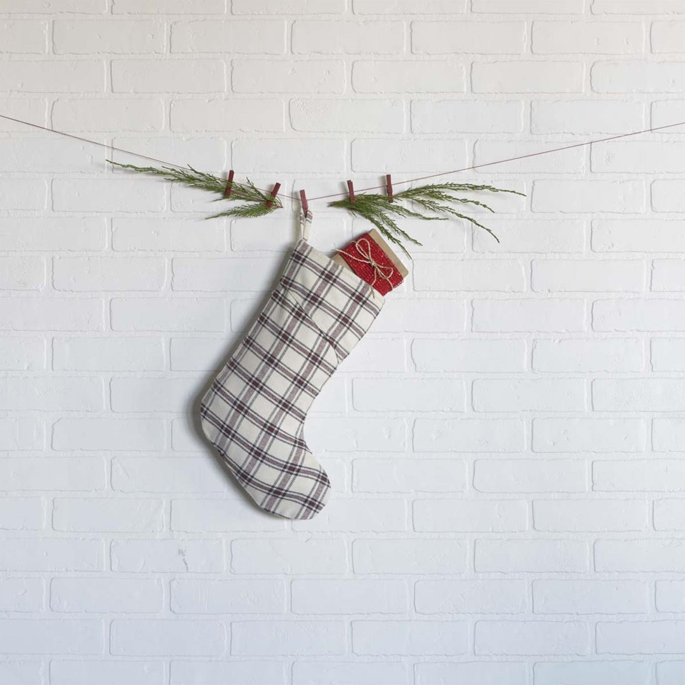 Amory Plaid Stocking 11x15