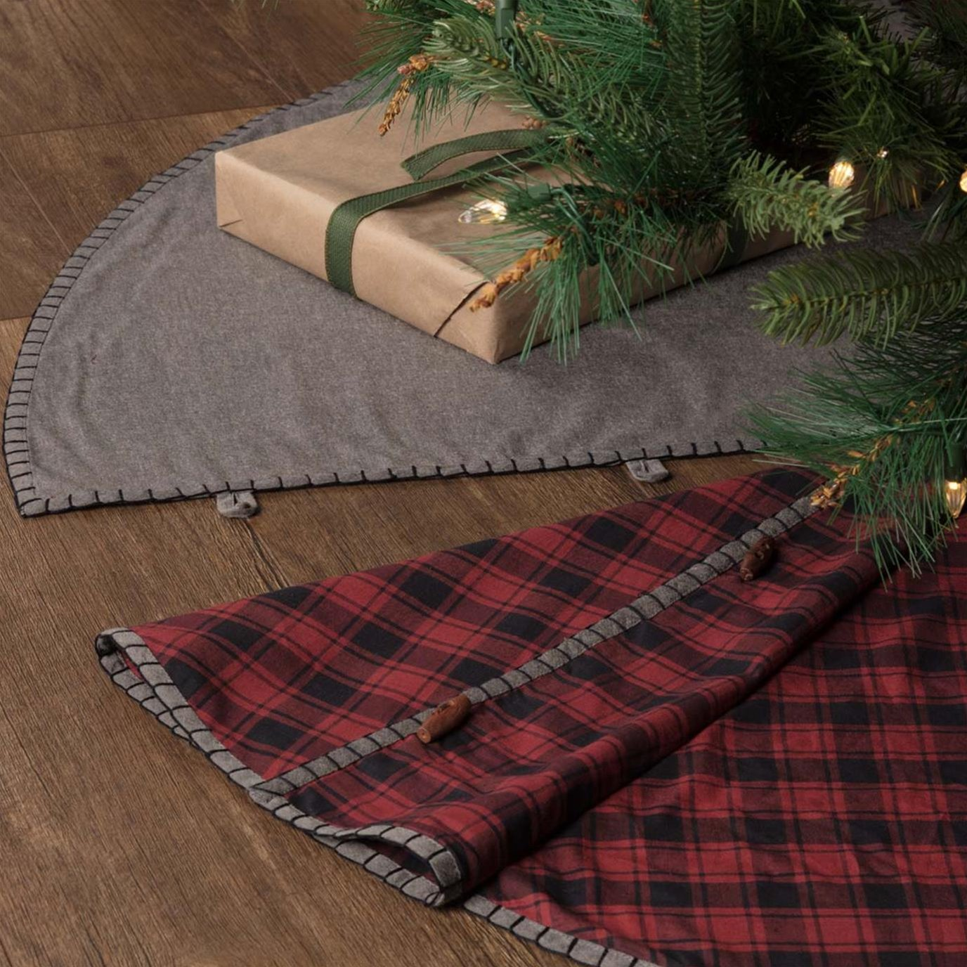 Andes Tree Skirt 55