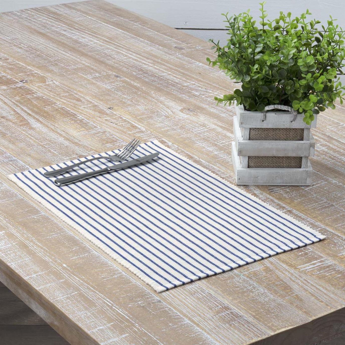 Audrey Blue Ribbed Placemat Set of 6 12x18
