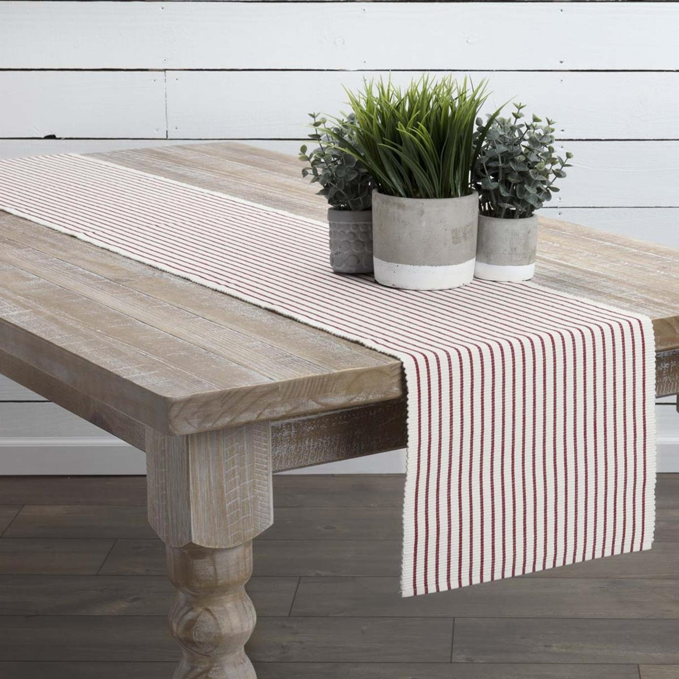 Audrey Red Ribbed Runner 13x90