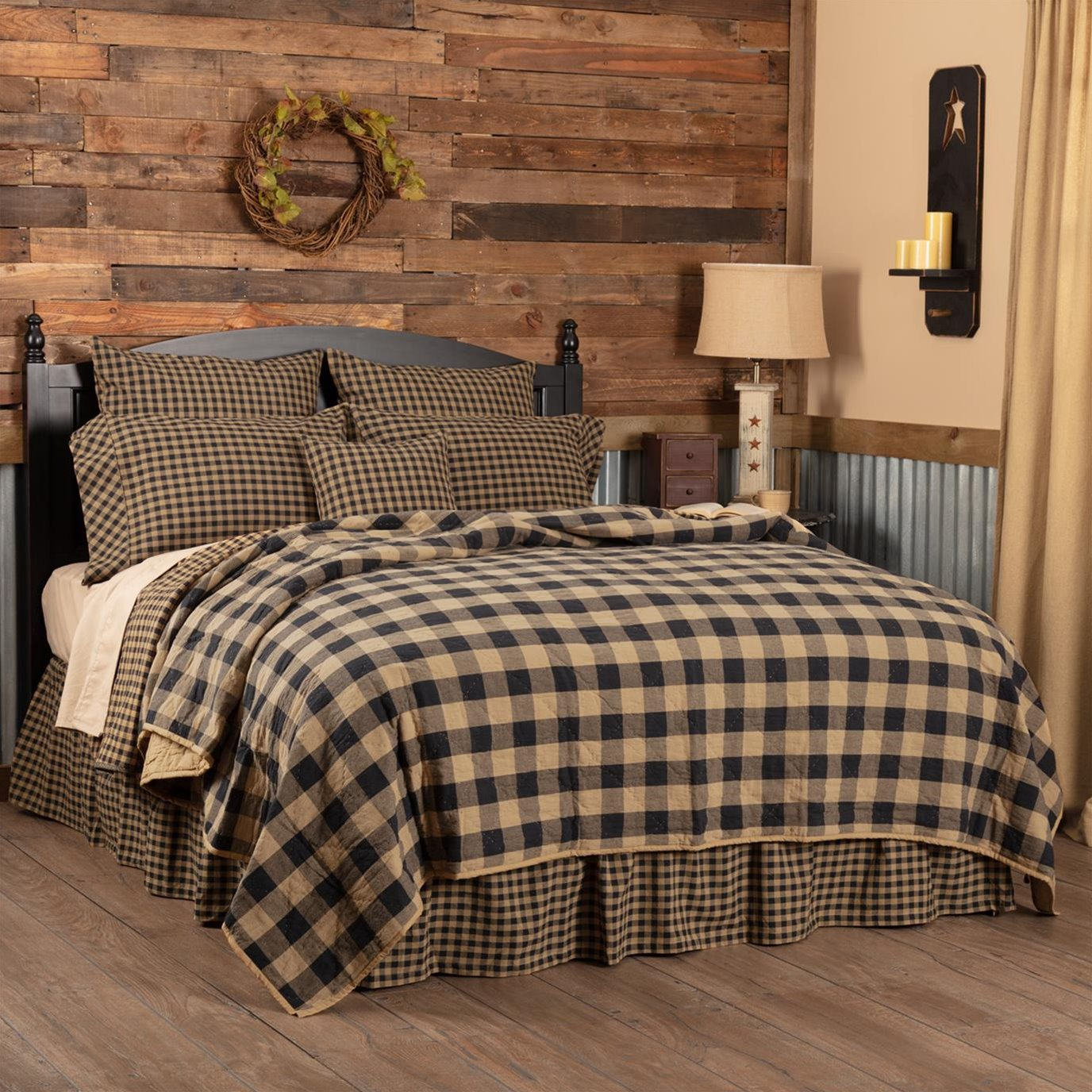 Black Check King Quilt Coverlet 105Wx95L
