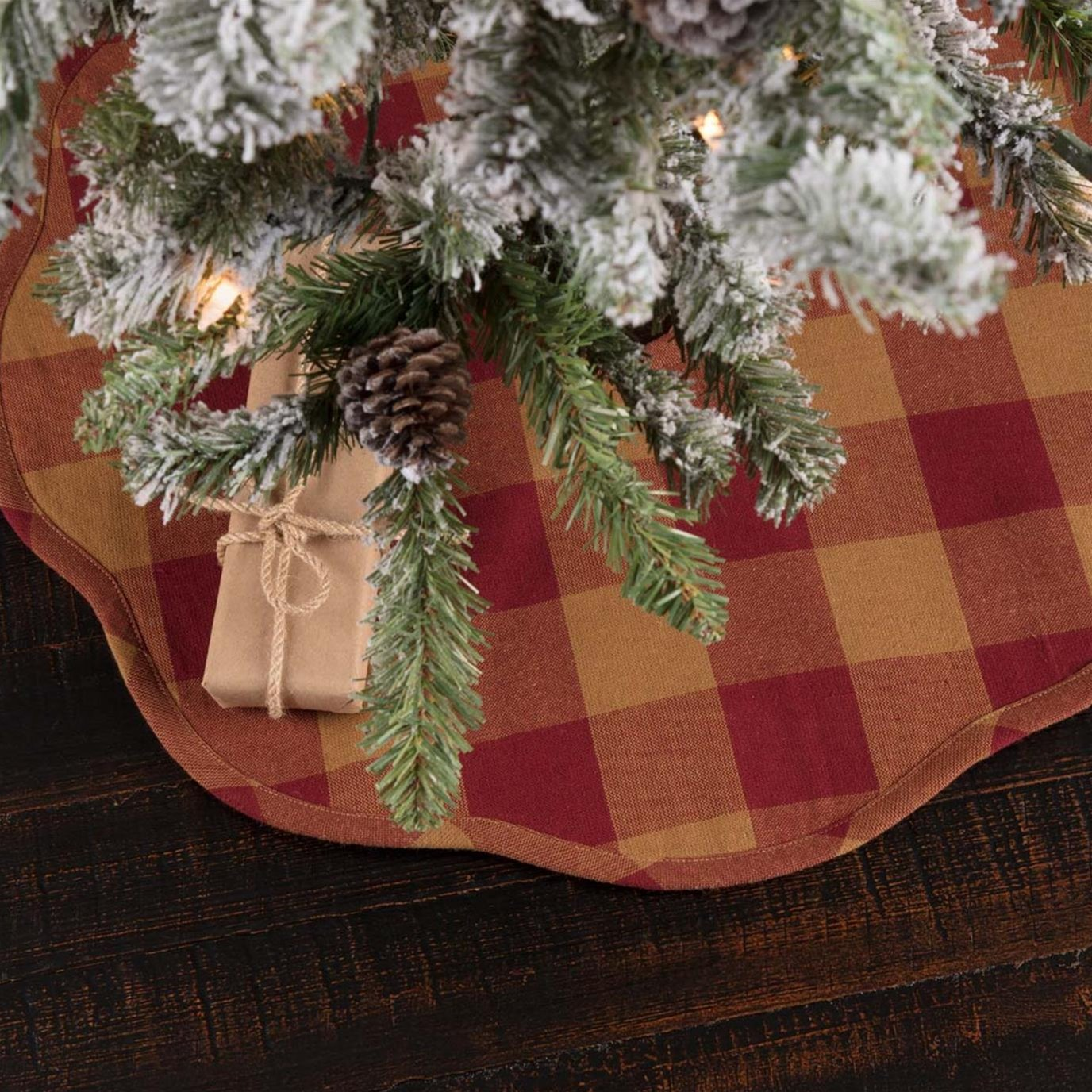 Burgundy Check Scalloped Mini Tree Skirt 21