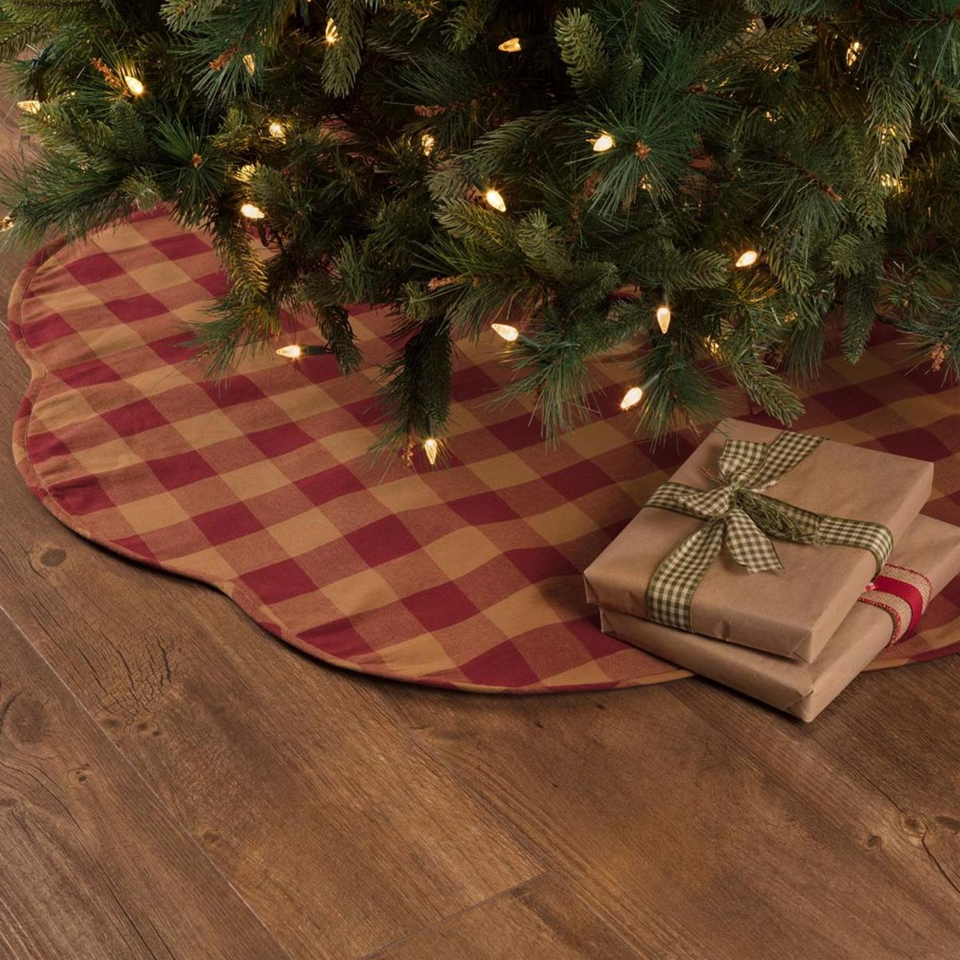 Burgundy Check Scalloped Tree Skirt 48