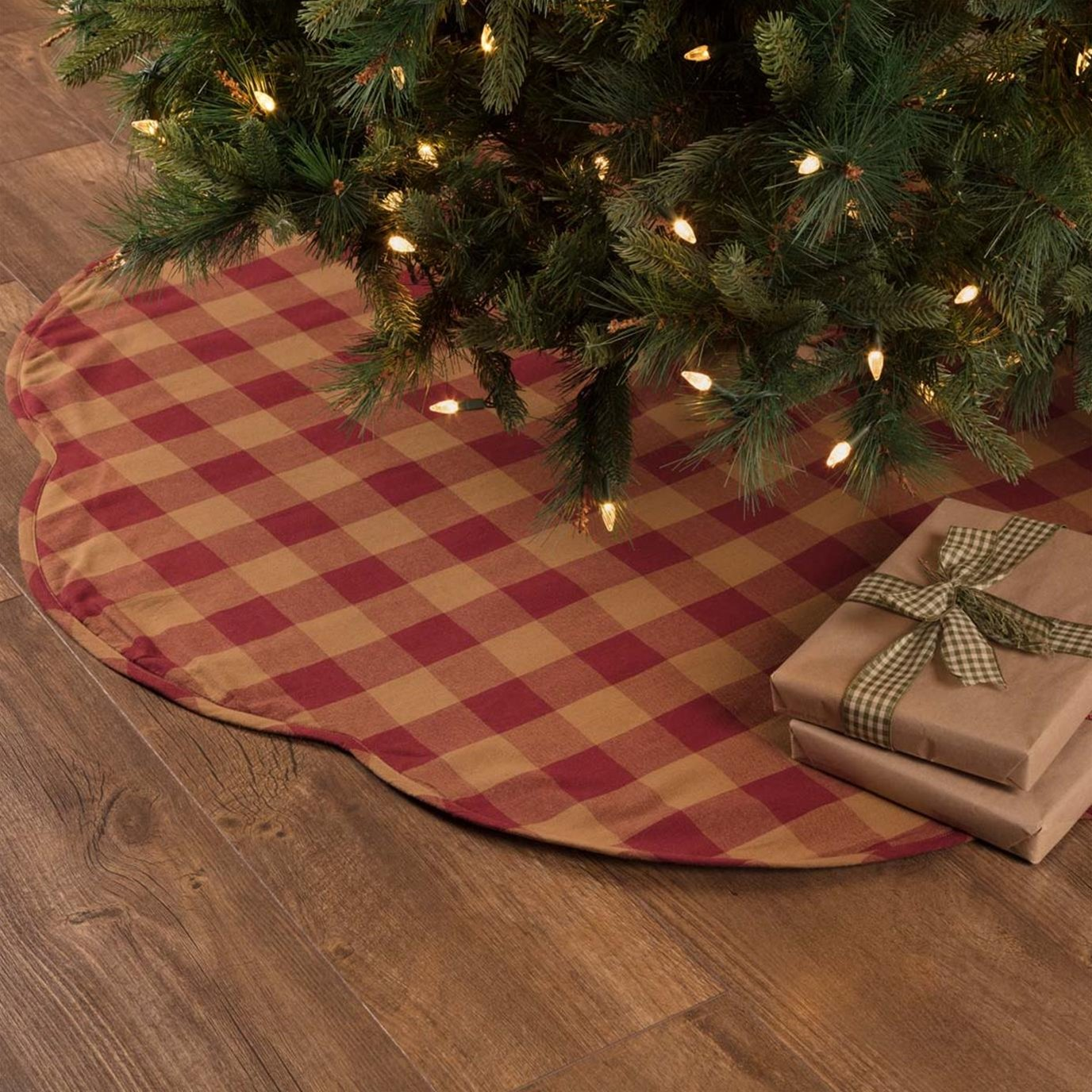 Burgundy Check Scalloped Tree Skirt 55