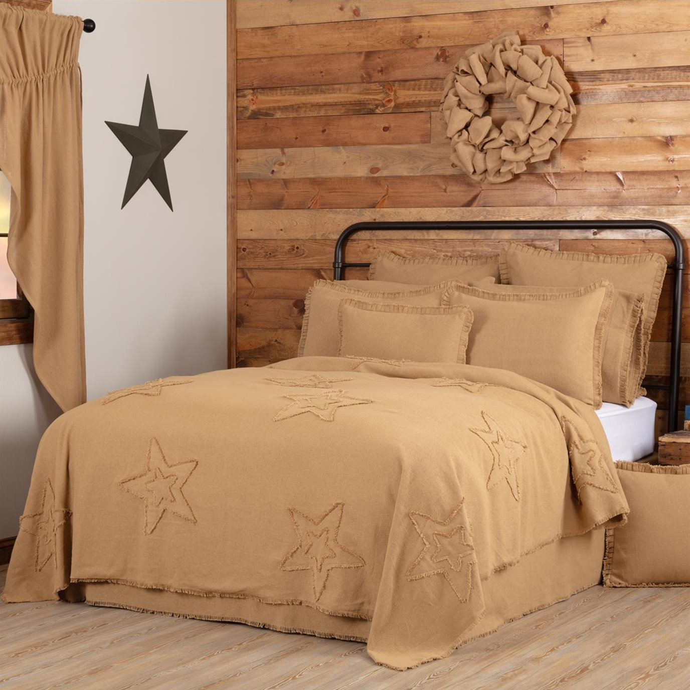 Burlap Natural Star King Coverlet 108Wx96L