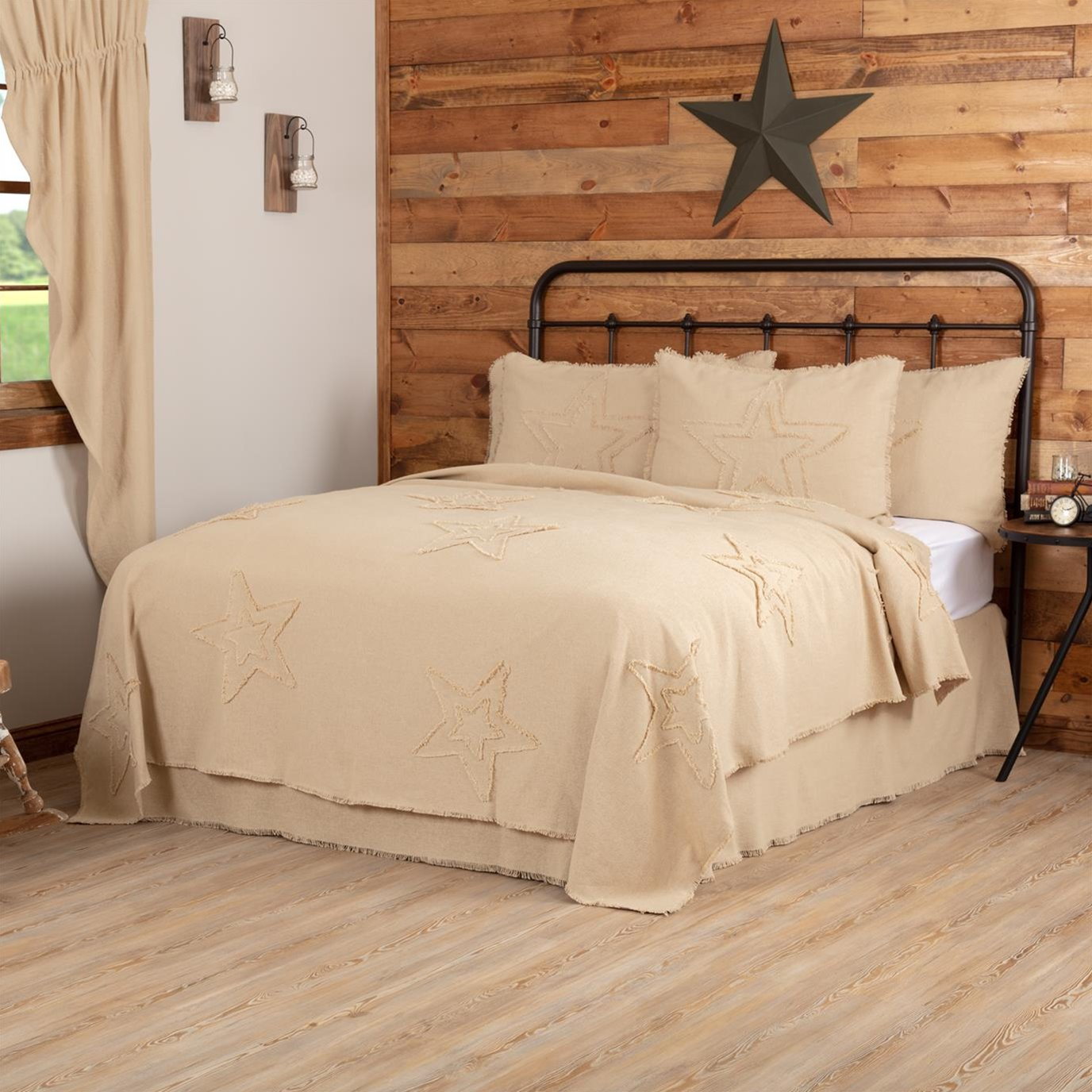 Burlap Vintage Star King Coverlet 108Wx96L