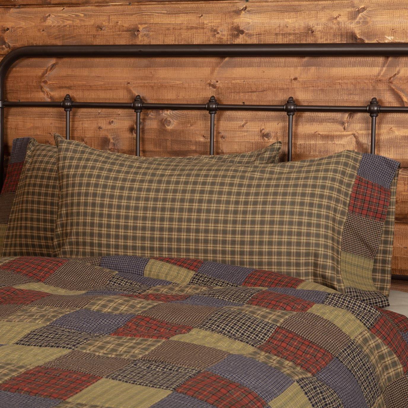 Cedar Ridge King Pillow Case with Block Border Set of 2 21x40