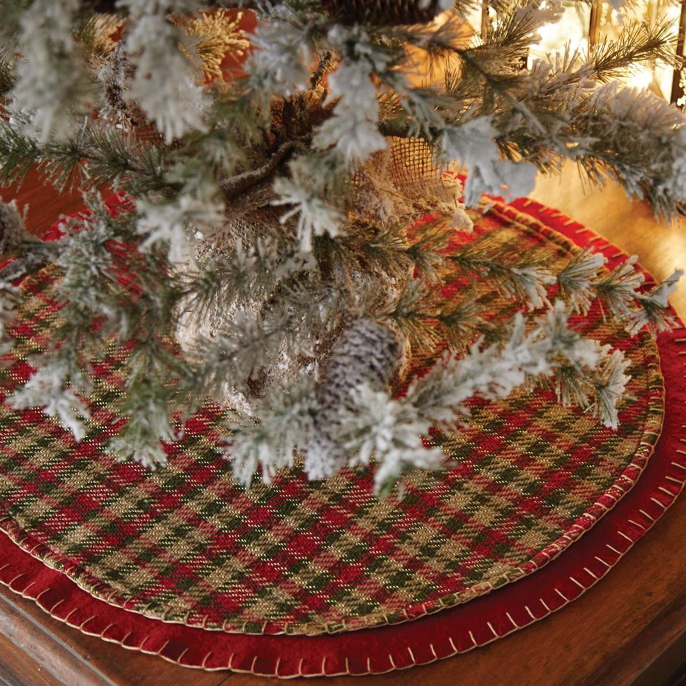 Claren Mini Tree Skirt 21