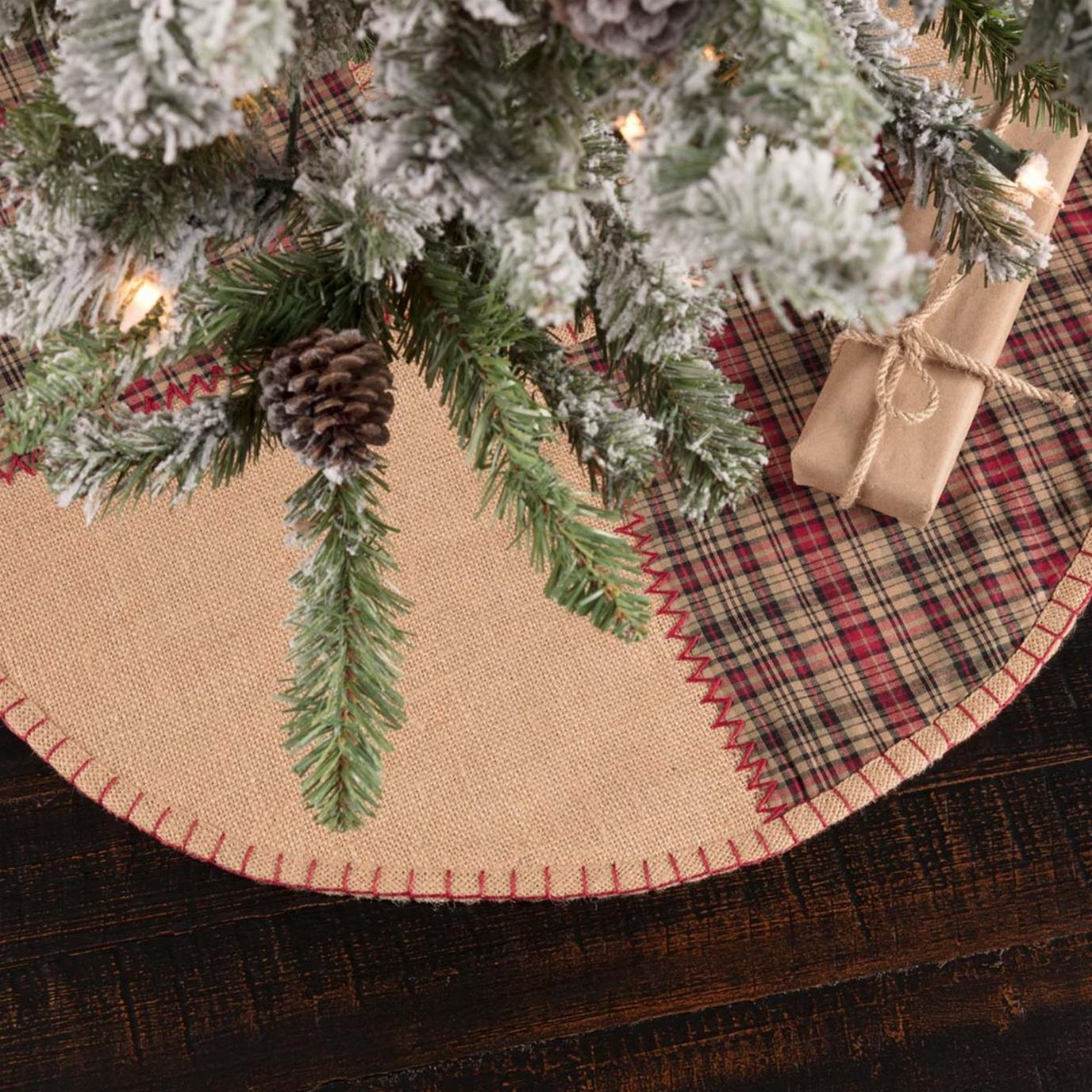 Clement Mini Tree Skirt 21