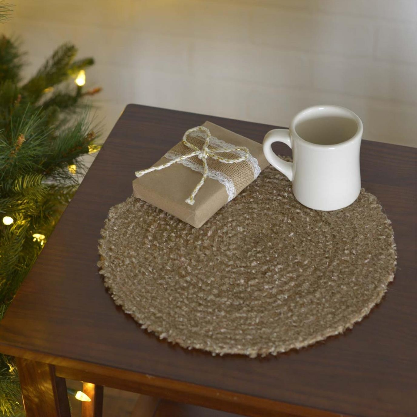 """Dyani Champagne 13"""" Tablemat Set of 6"""