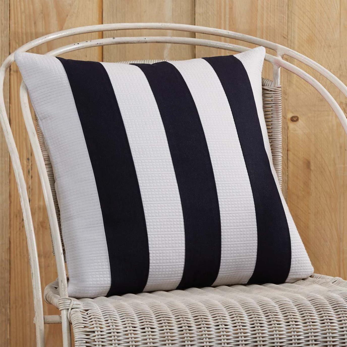 Eloise Pillow Cover 18x18