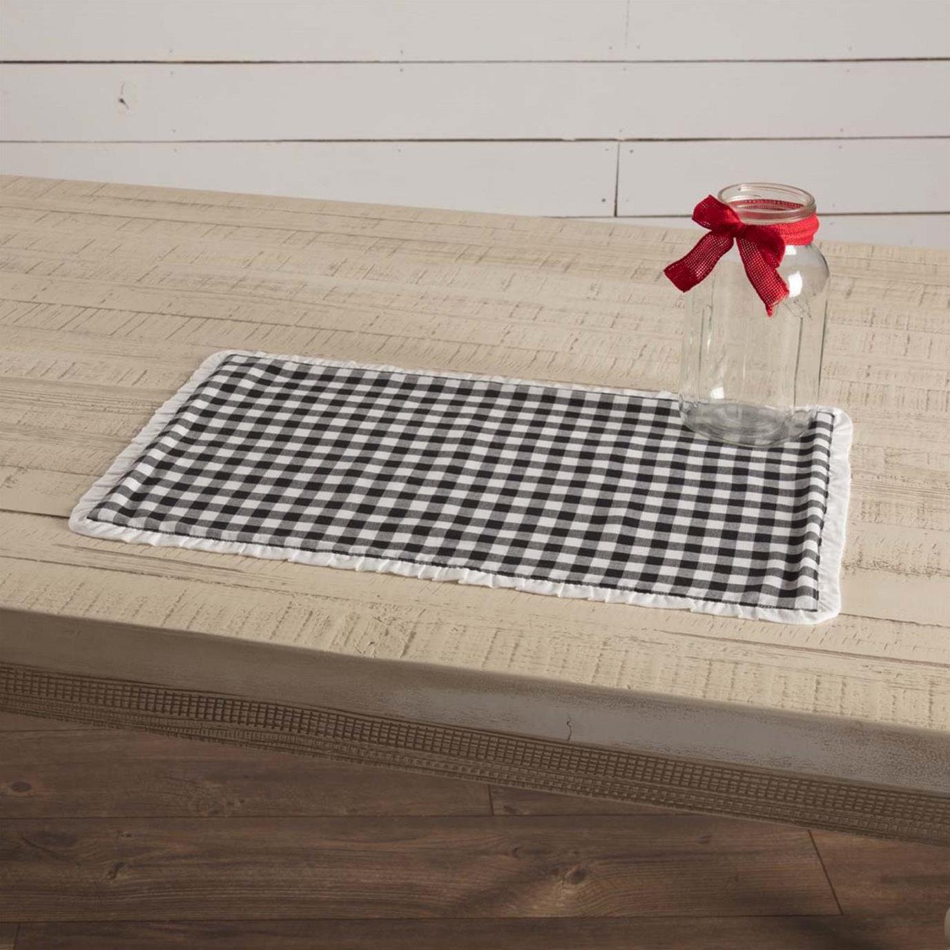 Emmie Black Placemat Set of 6 12x18