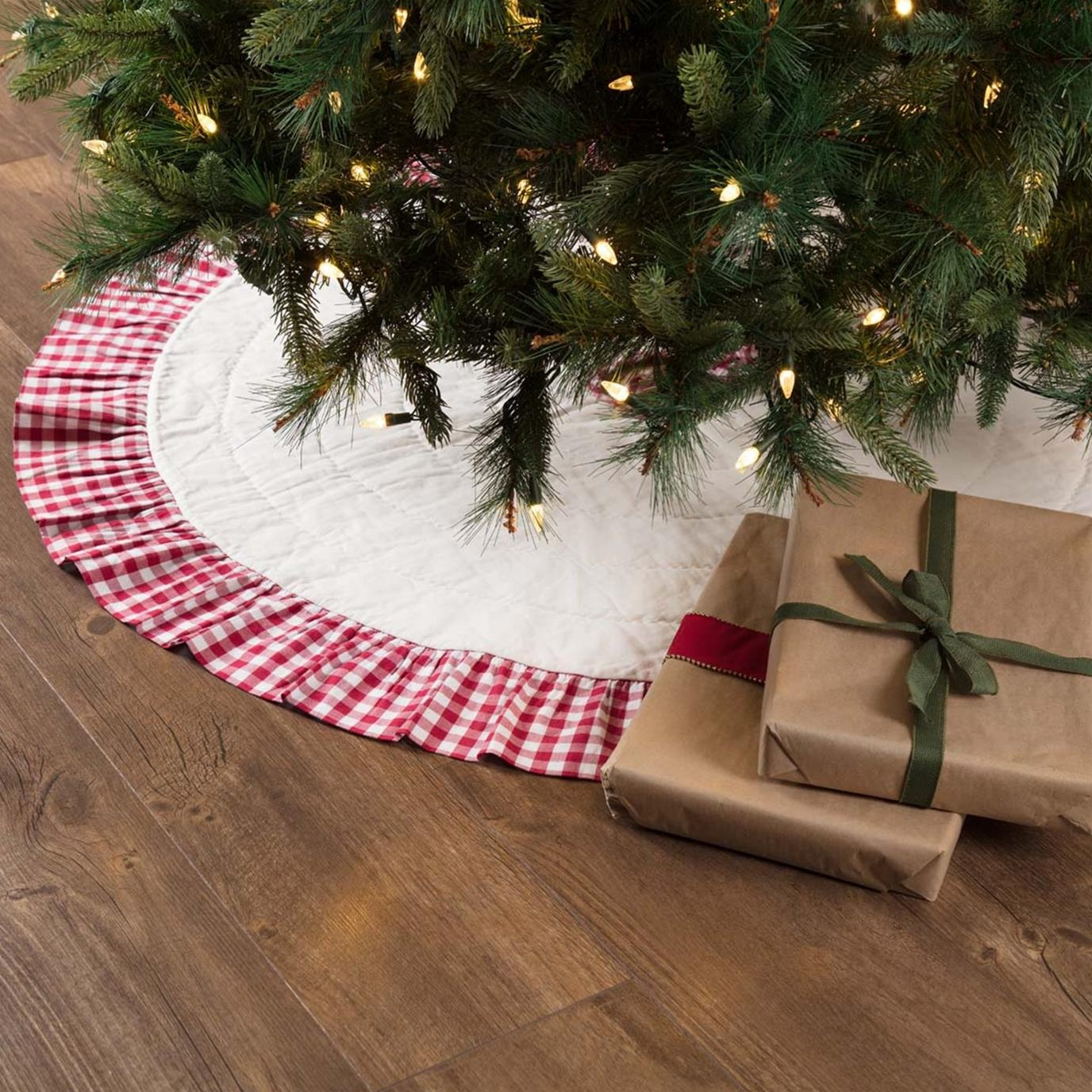 Emmie Red Ruffled Tree Skirt 48