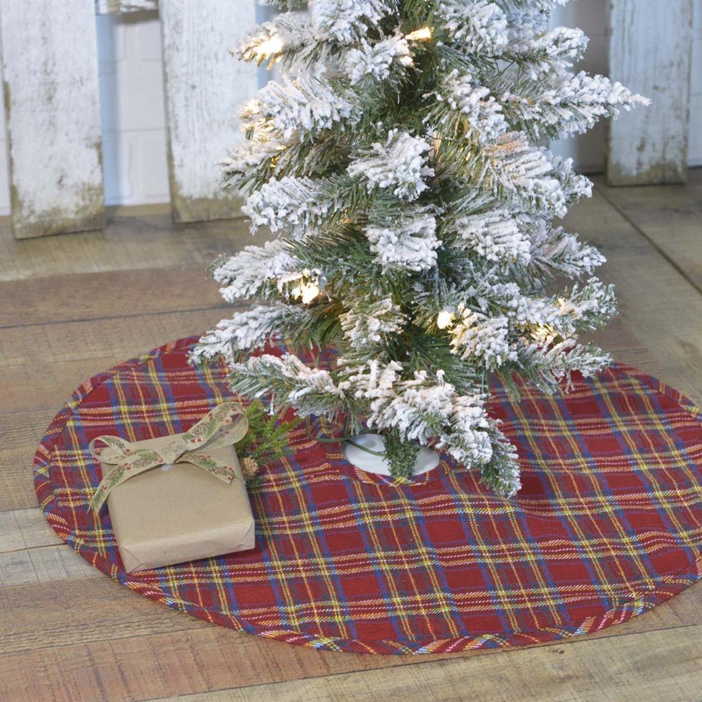 Galway Mini Tree Skirt 21
