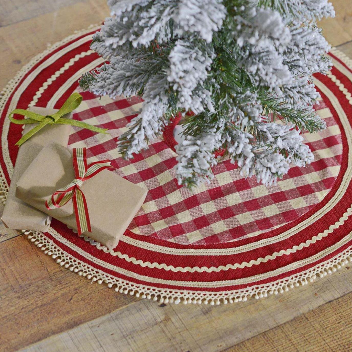 Gretchen Mini Tree Skirt 21