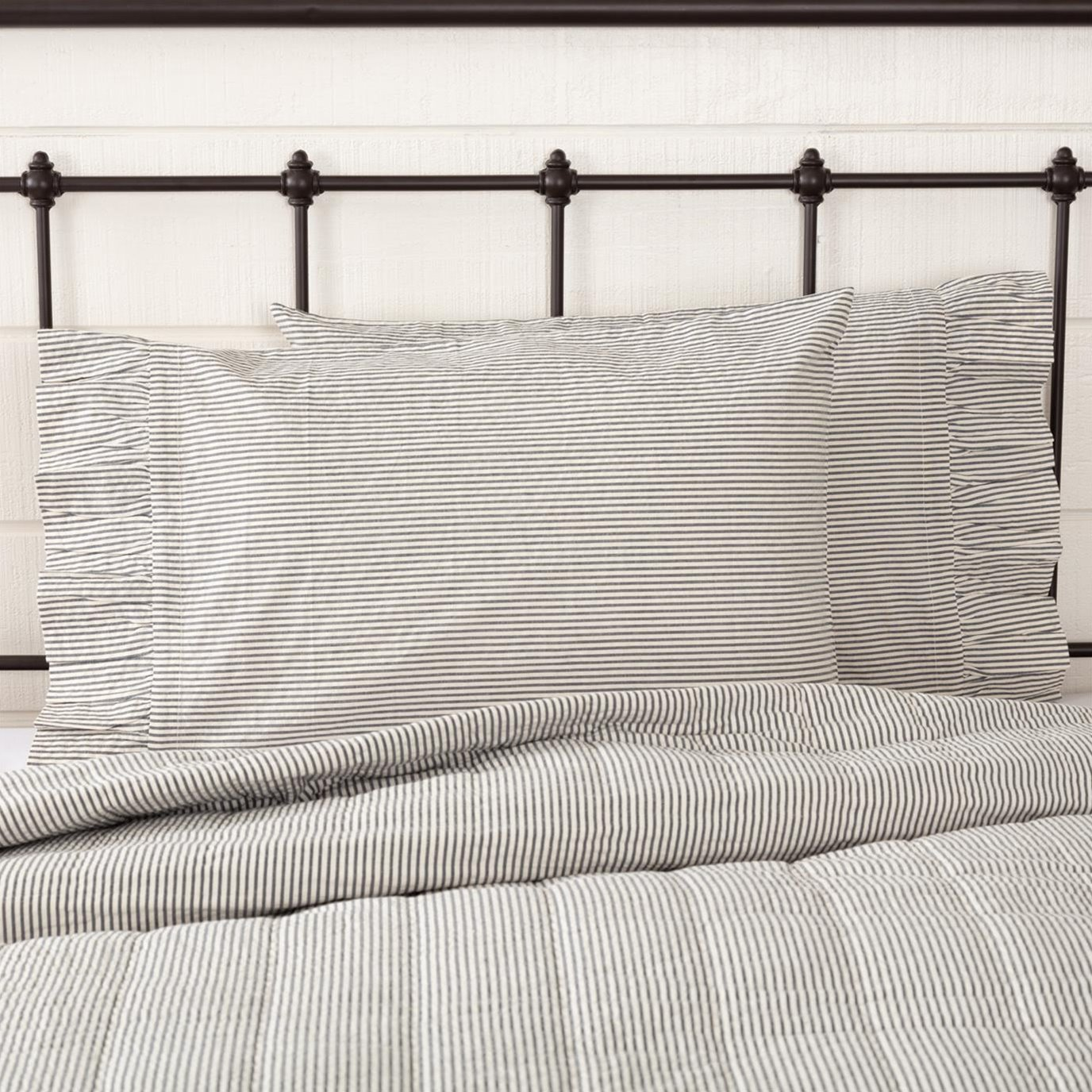 Hatteras Seersucker Blue Ticking Stripe Standard Pillow Case Set of 2 21x30