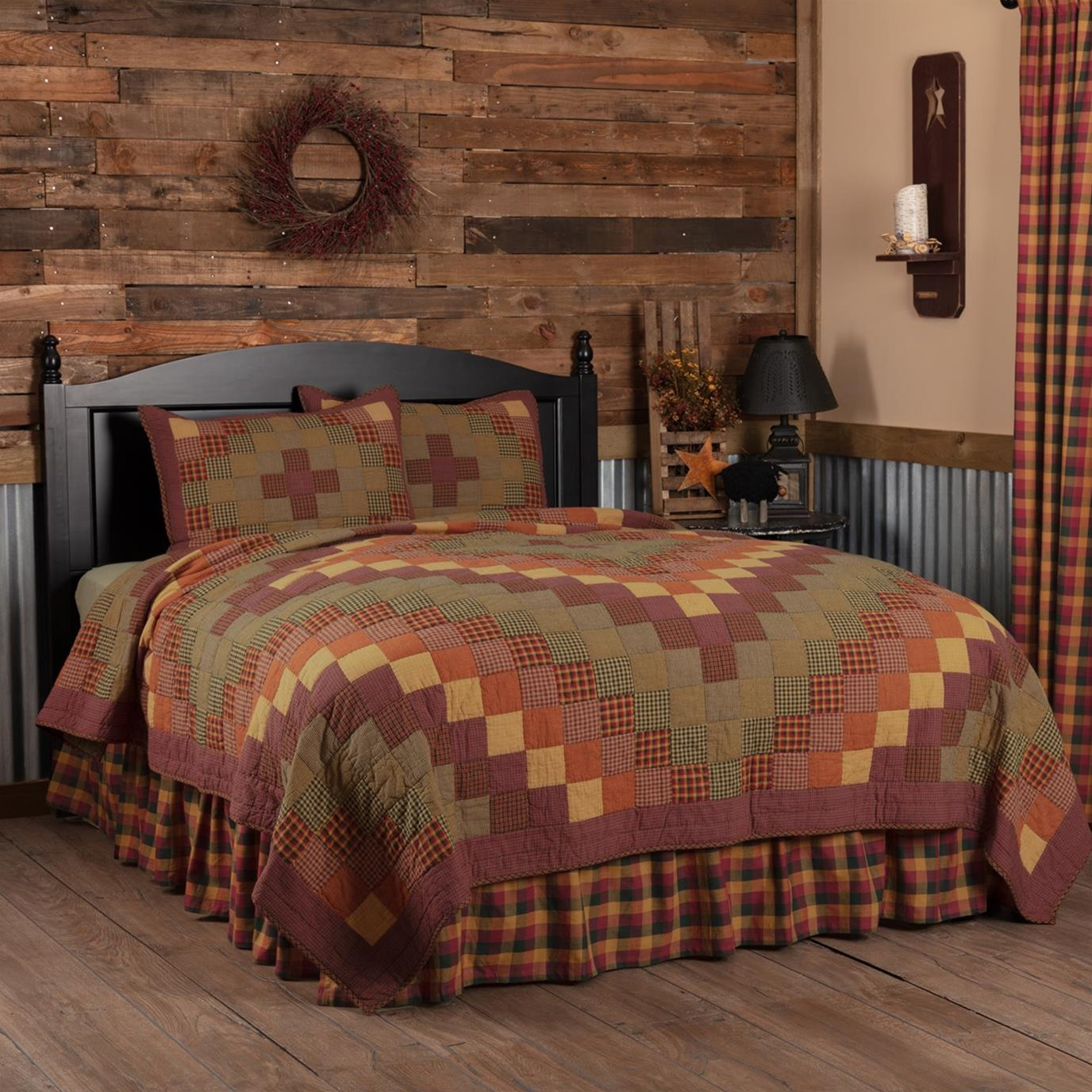 Heritage Farms King Quilt Set; 1-Quilt 105Wx95L w/2 Shams 21x37