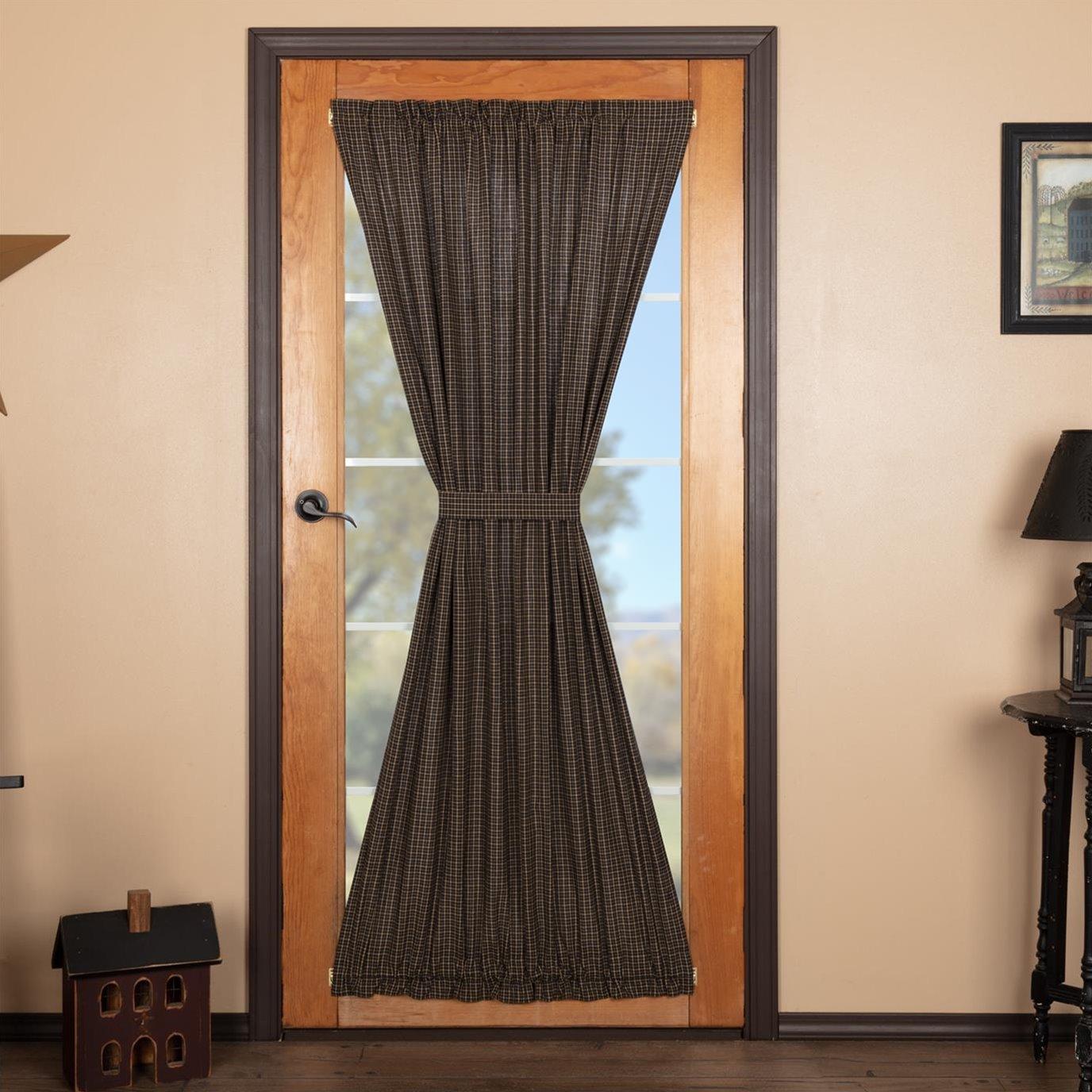Kettle Grove Plaid Door Panel 72x40