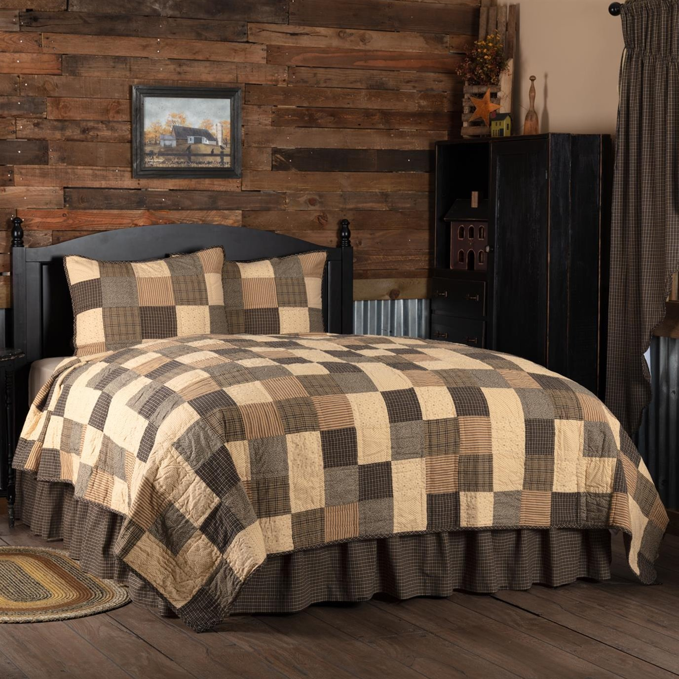 Kettle Grove Queen Quilt Set; 1-Quilt 94Wx94L w/2 Shams 21x27