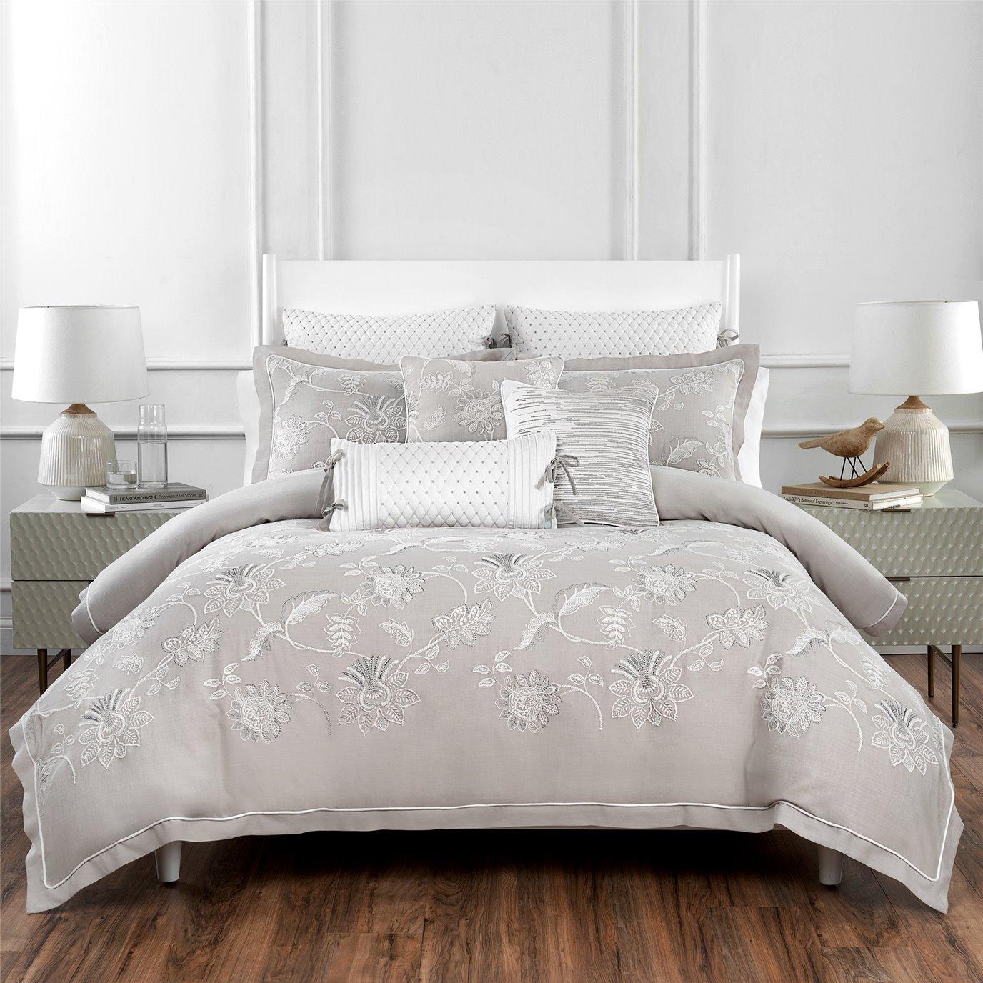 Croscill Penelope 3-piece Queen Comforter Set