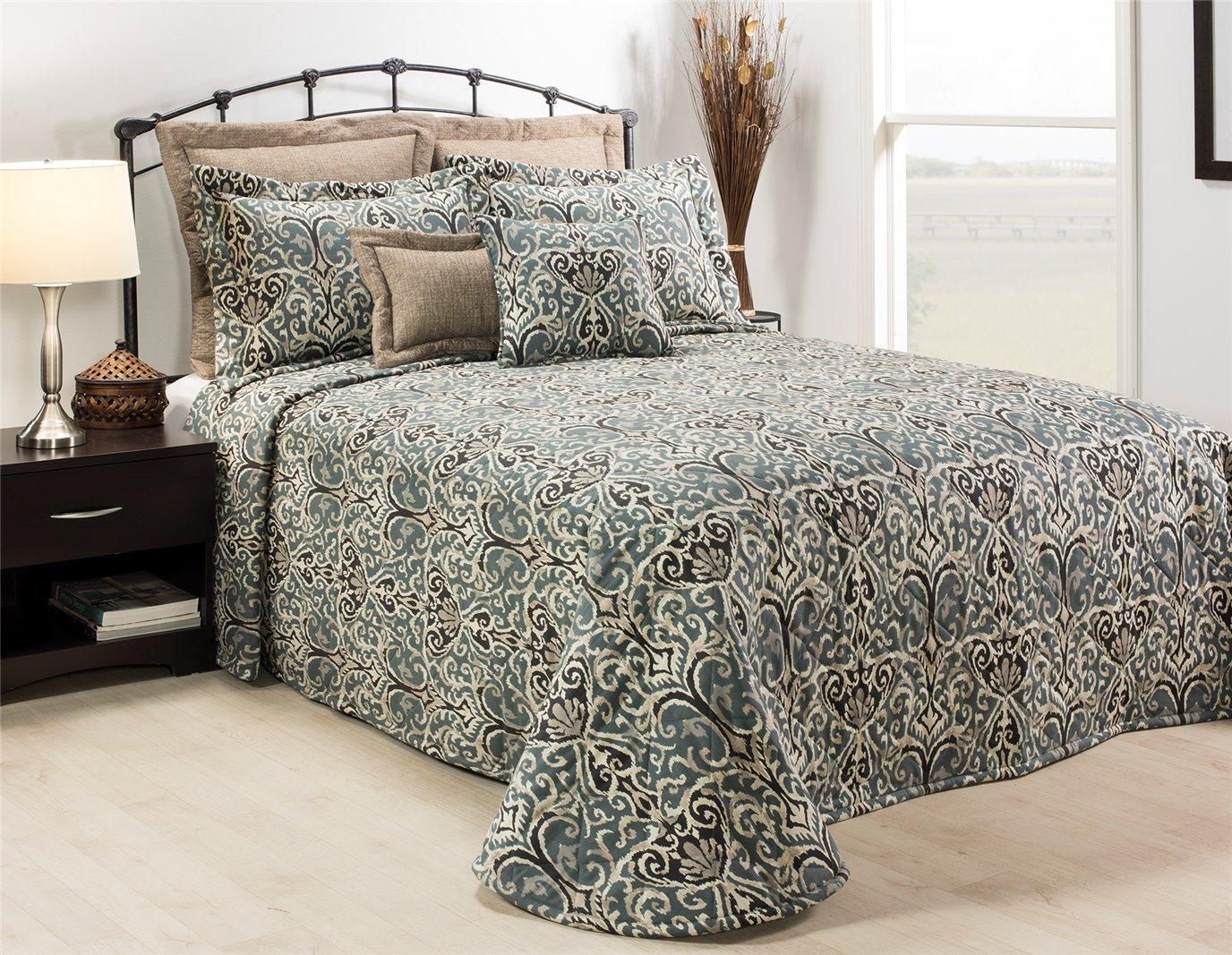 Midnight Ikat King Bedspread