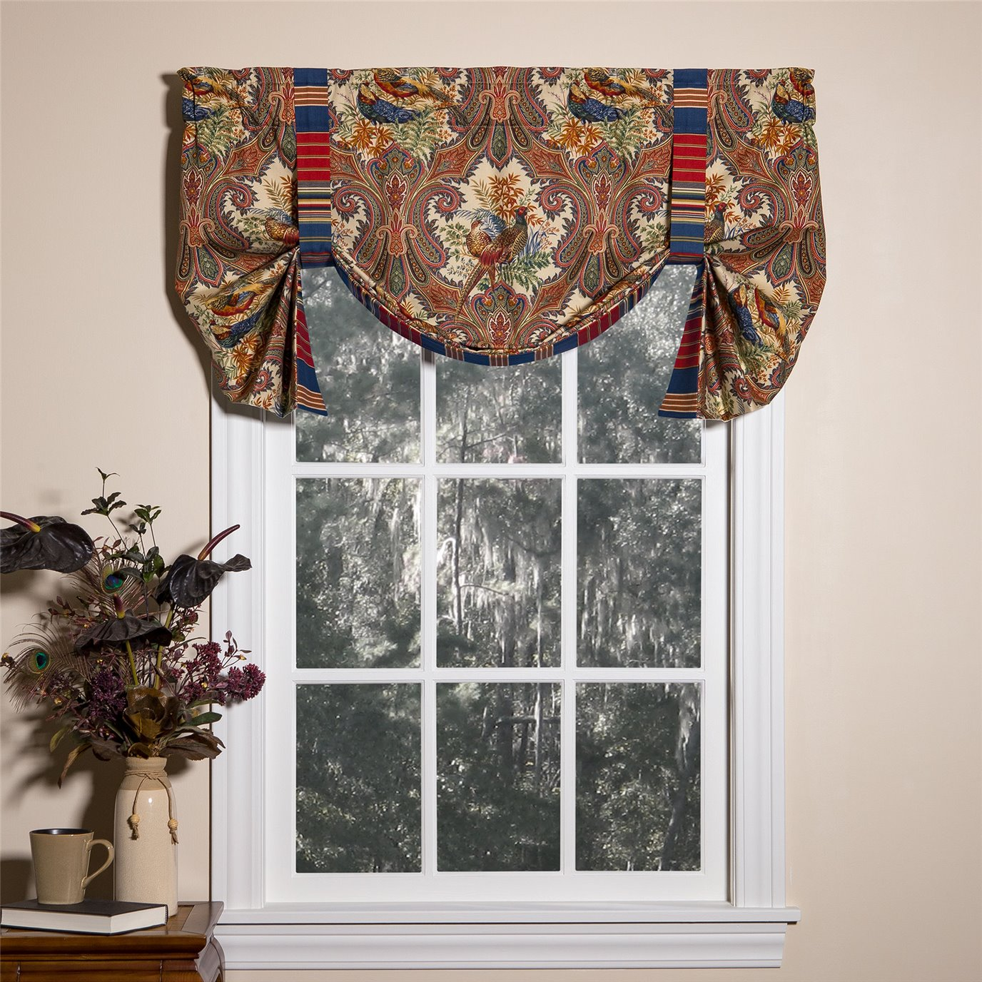 Royal Pheasant Tie-Up Curtain