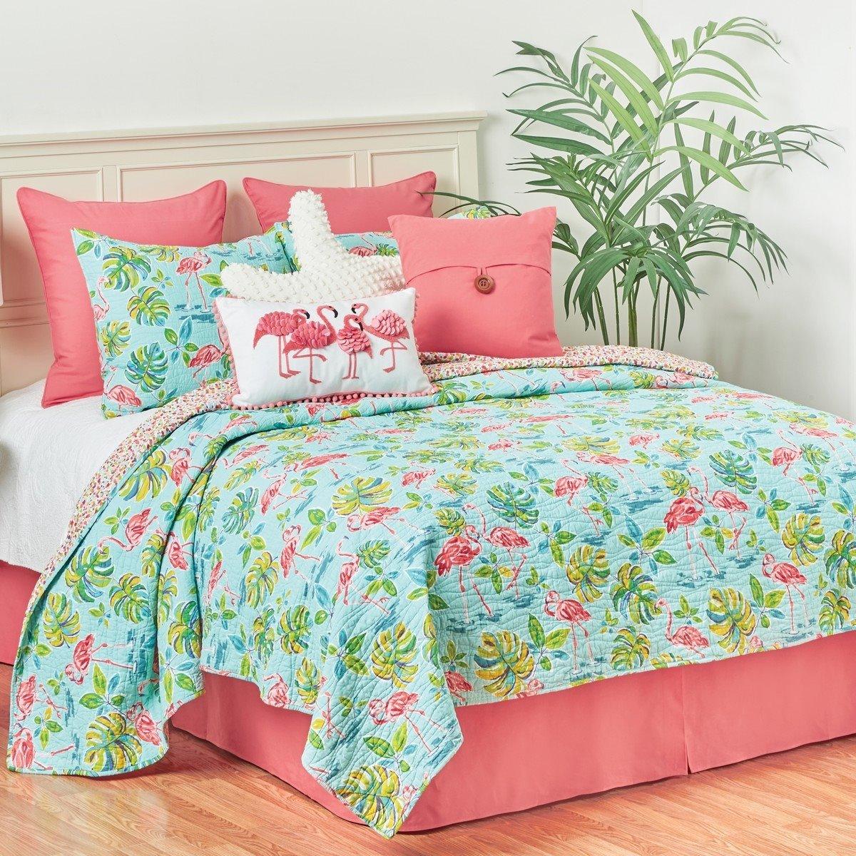 Flamingo Garden Queen Quilt Set