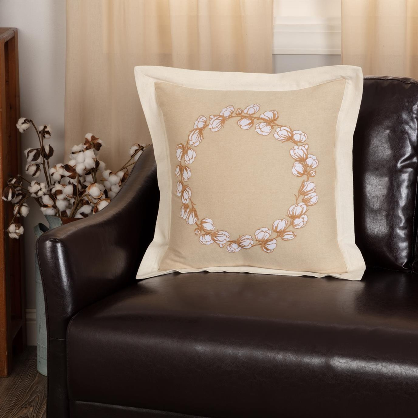 Ashmont Cotton Wreath Pillow 18x18