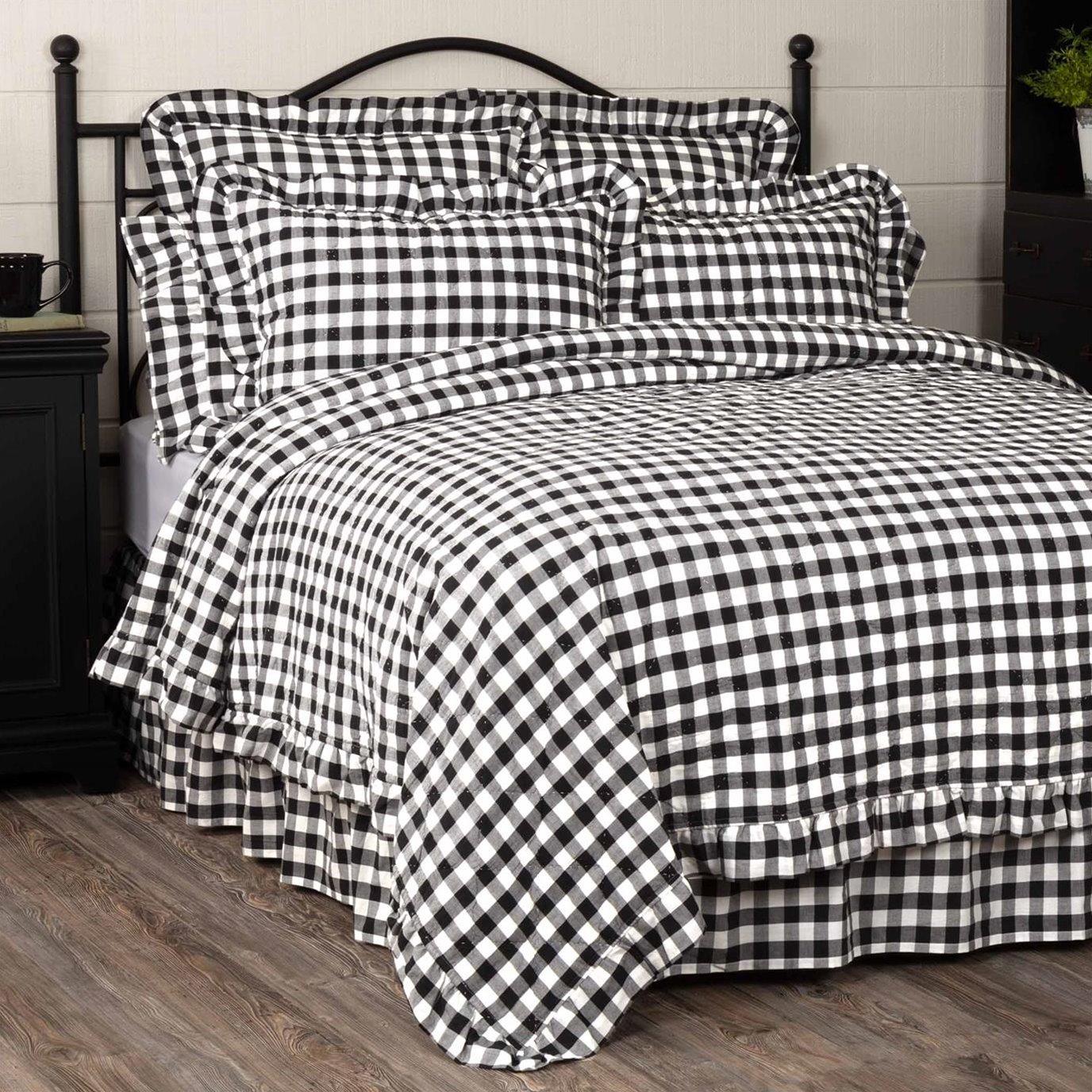 Annie Buffalo Black Check Ruffled California King Quilt Coverlet 130Wx115L