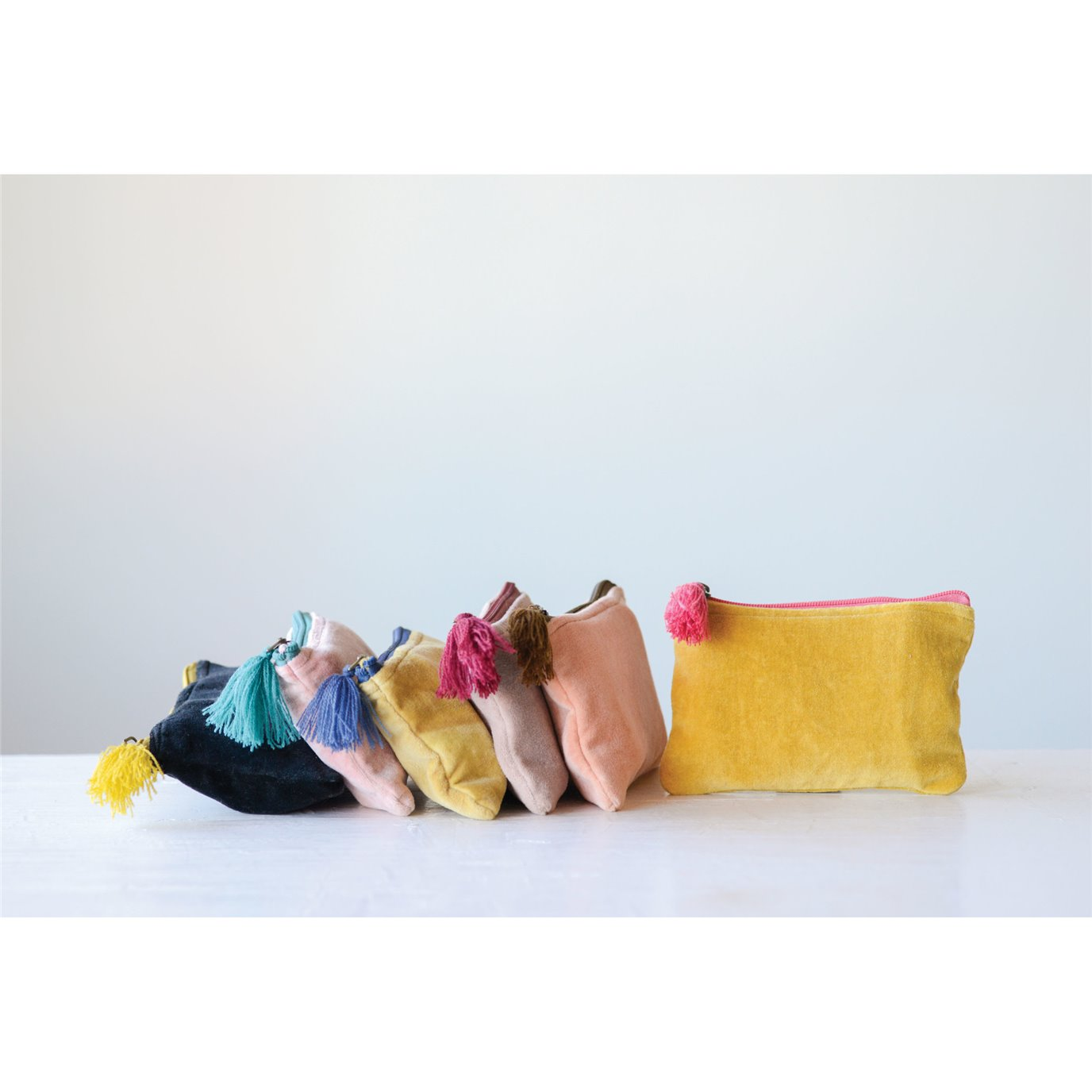Small Velvet Zip Pouch with Tassel (Set of 6 Colors)