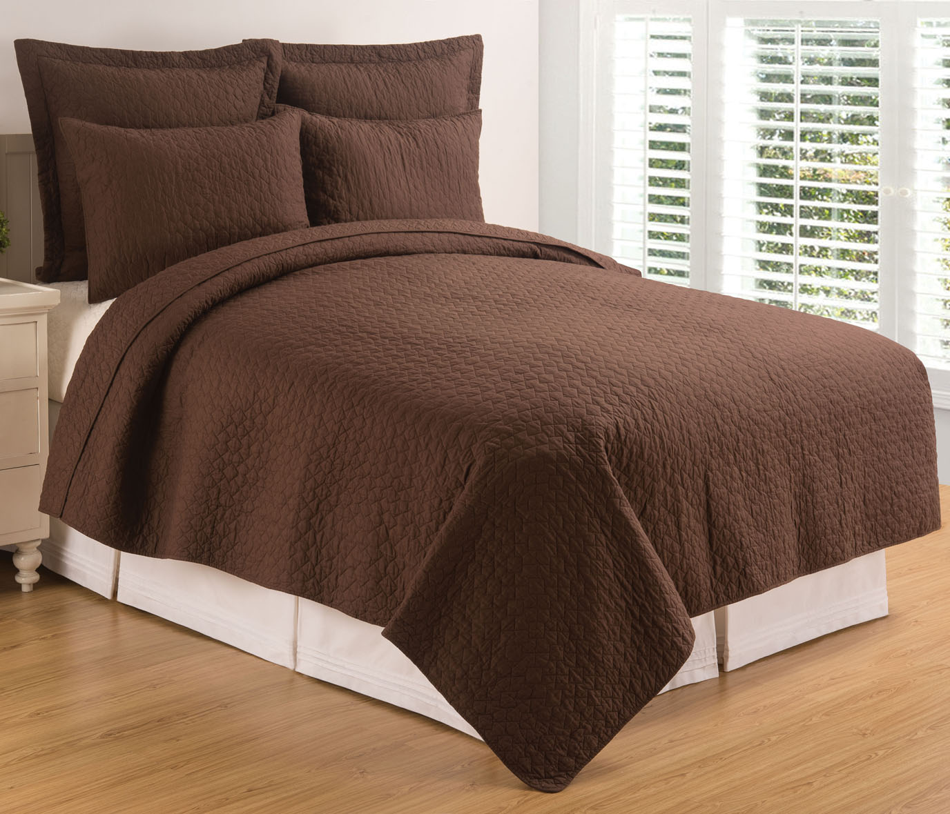 Regent Cocoa King Quilt Set