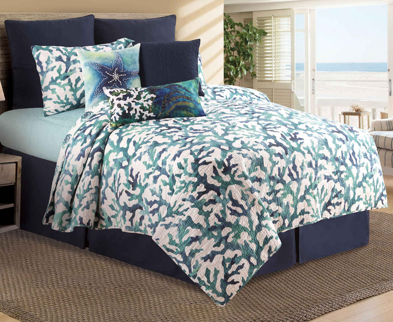 Aqua Reef Queen Quilt Set