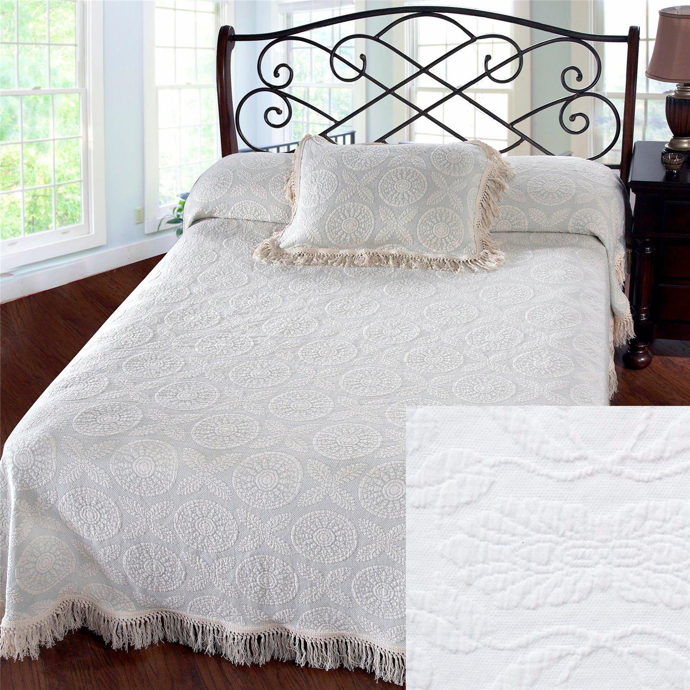 Heirloom Twin White Bedspread