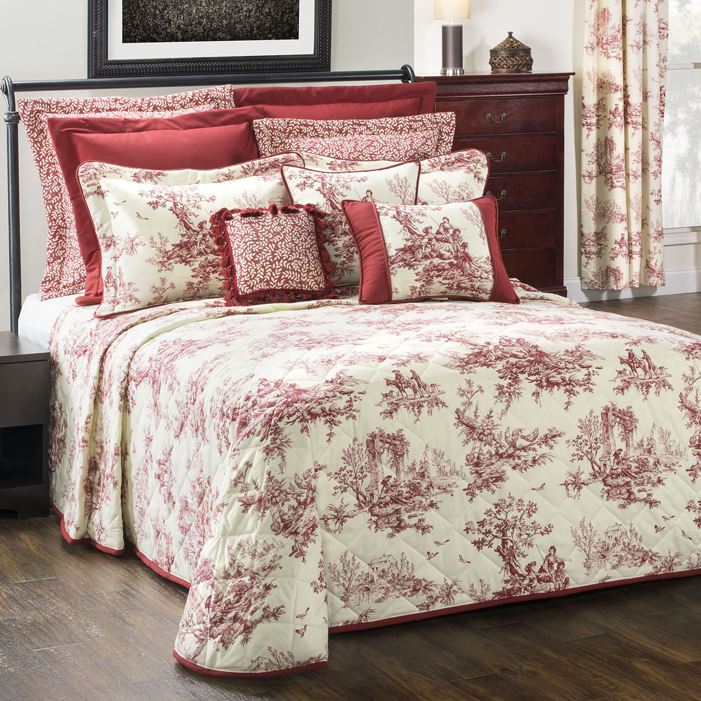 Bouvier Red Twin Bedspread