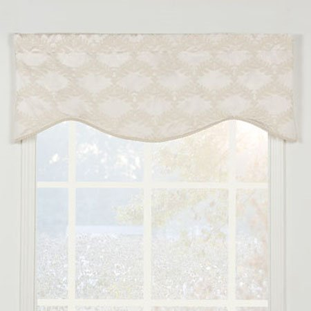 Marquis Shaped Valance
