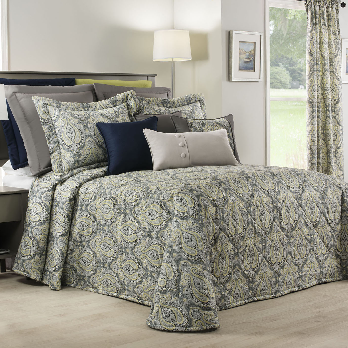 Park Avenue Queen Bedspread