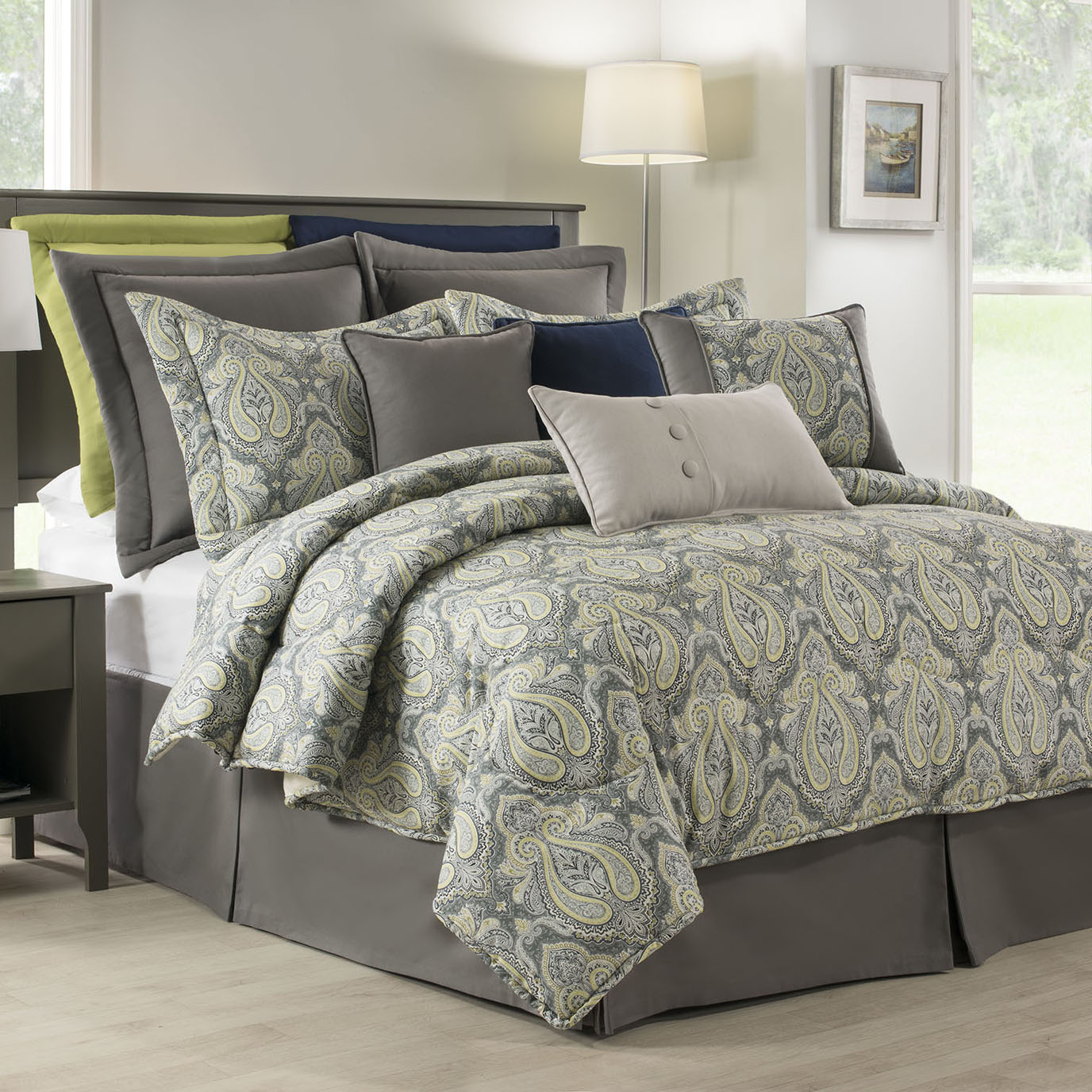 "Park Avenue Twin Comforter Set(15"" Bed Skirt)"