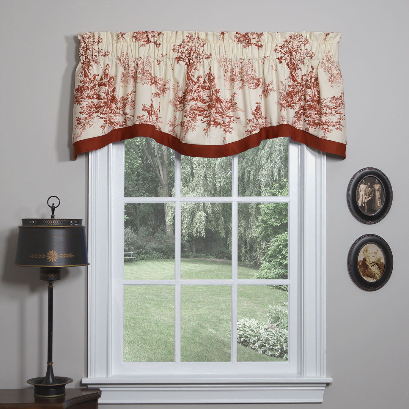 Bouvier Red Shaped Valance