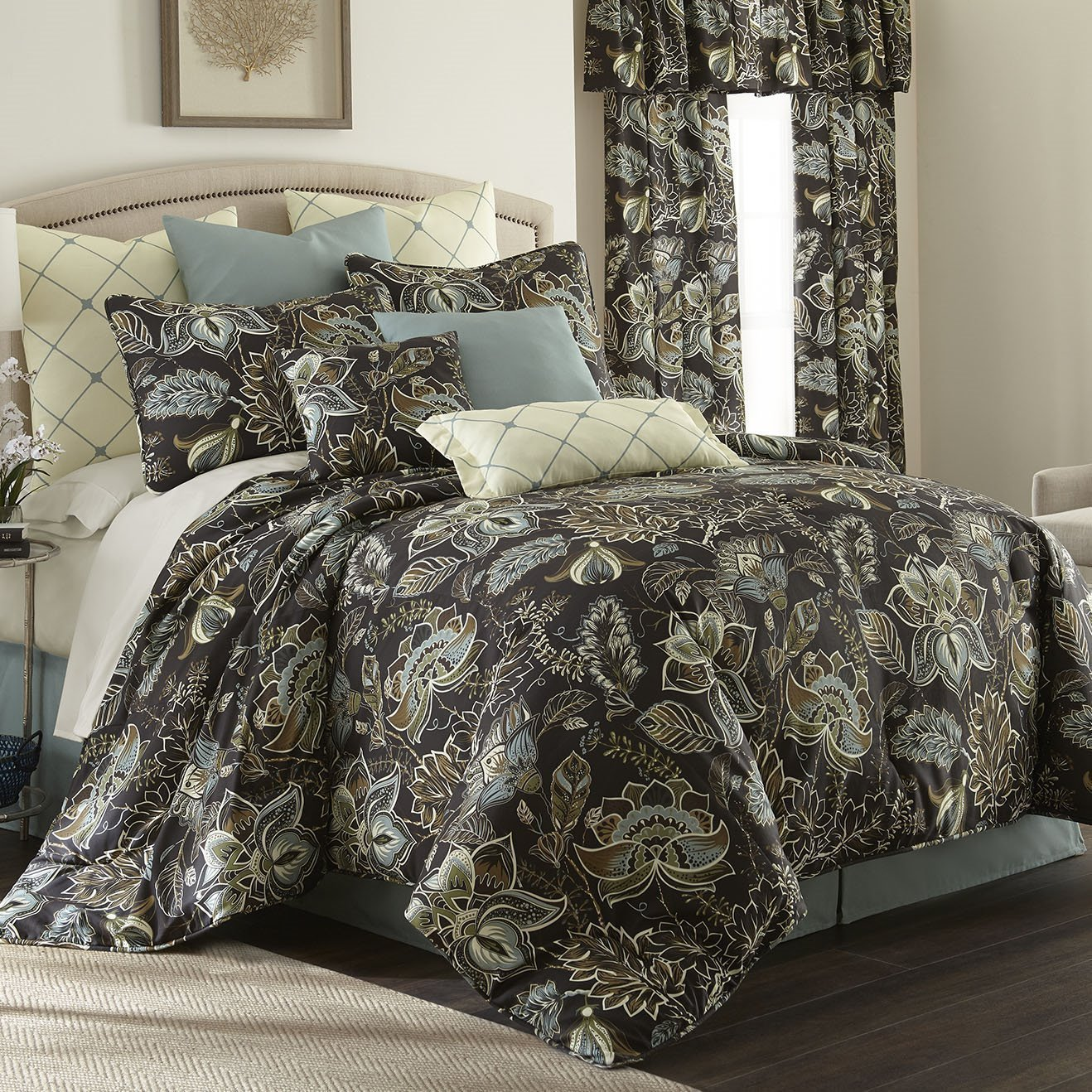 Sylvan Comforter Set California King Size