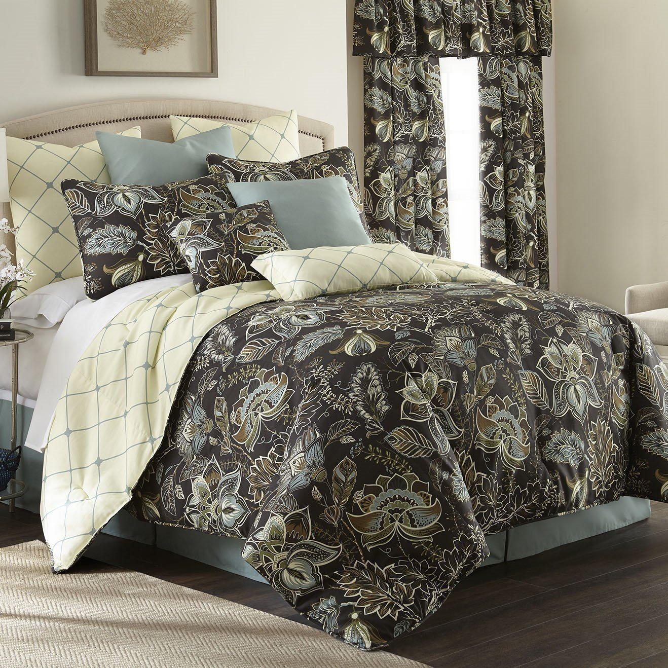Sylvan Duvet Cover Set Reversible California King