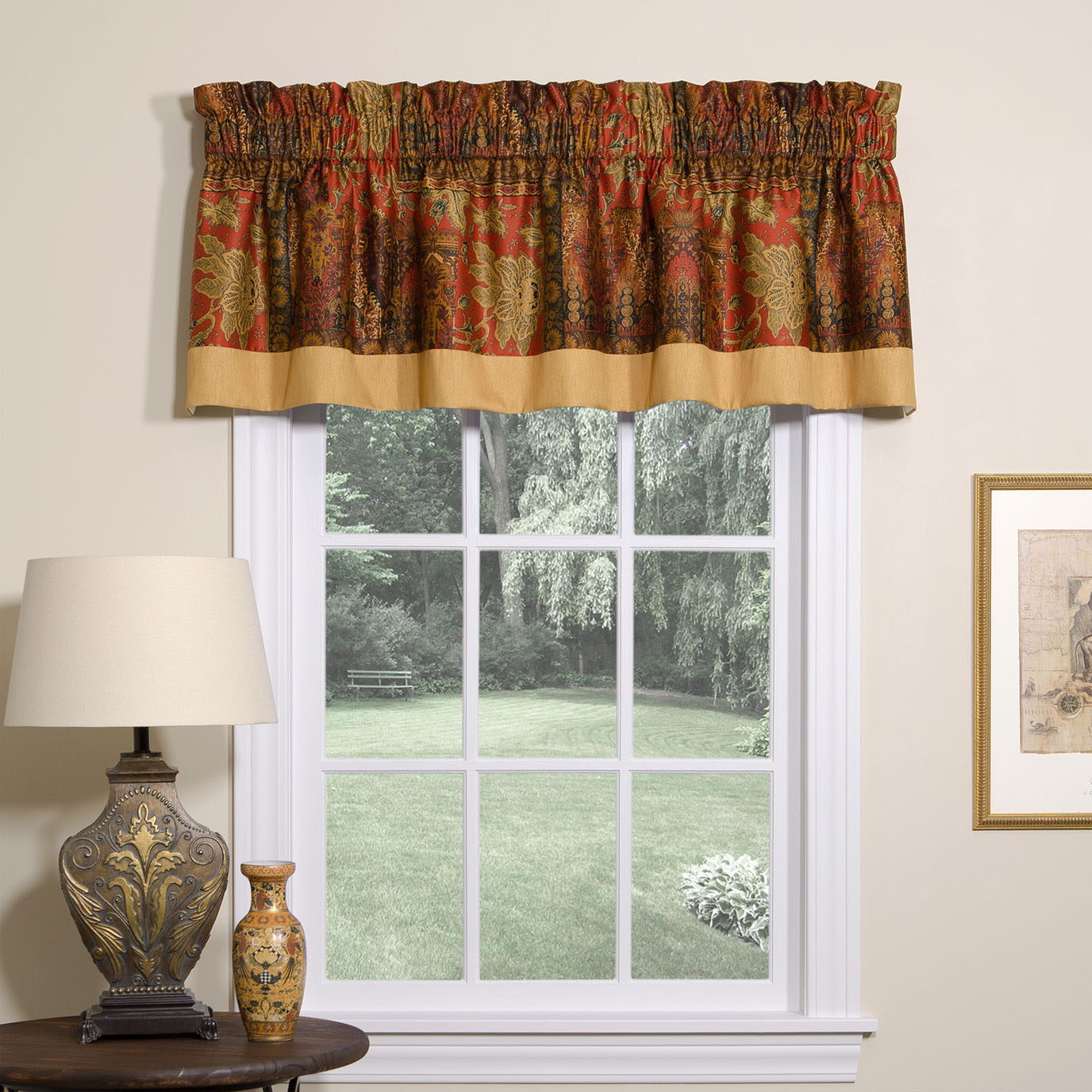 Kalinjar Tailored Valance with Band