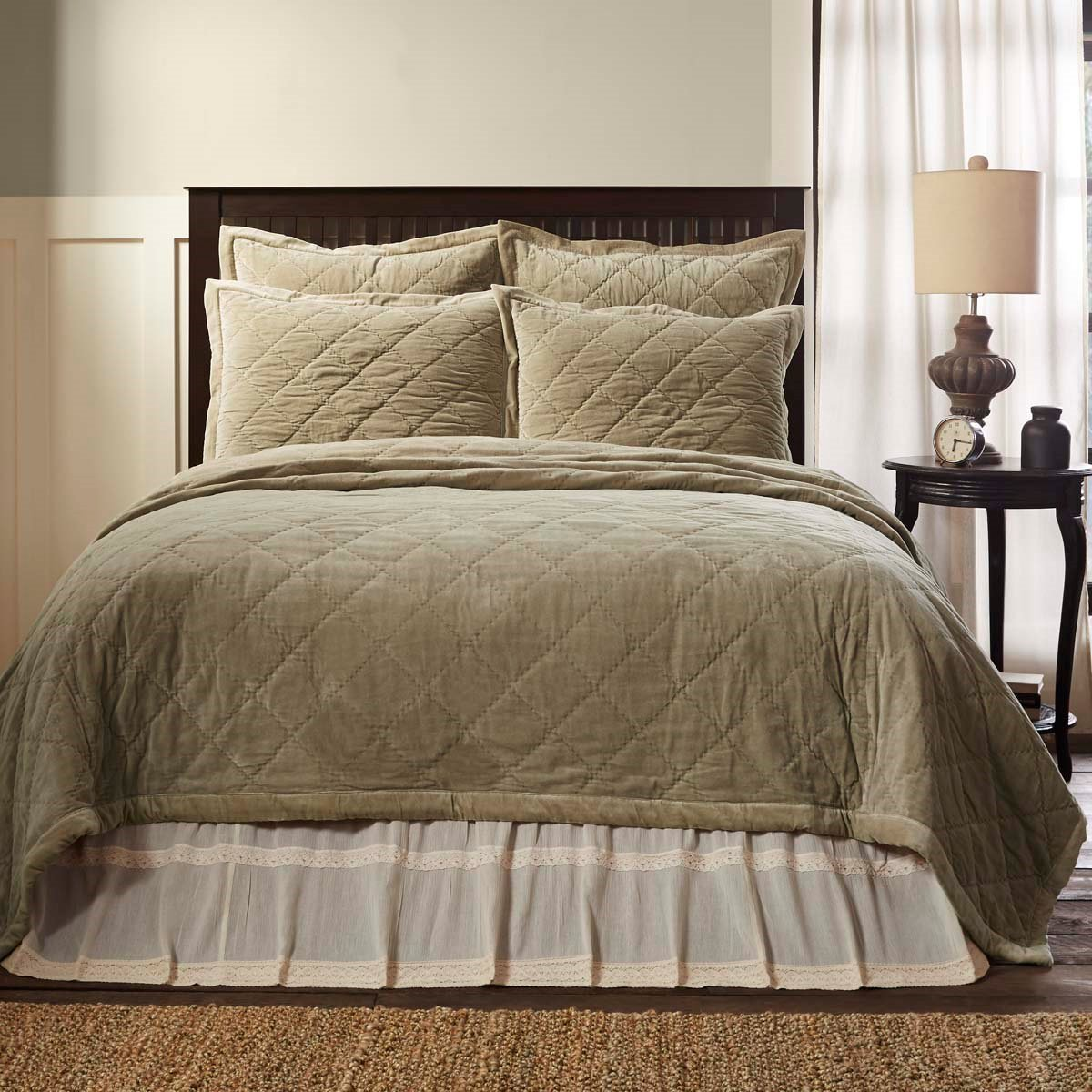 Lydia Taupe Queen Quilt