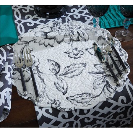 Madison Round Quilted Geo & Floral Placemat