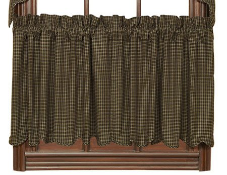 "Kettle Grove 24"" Plaid Scalloped Tiers"